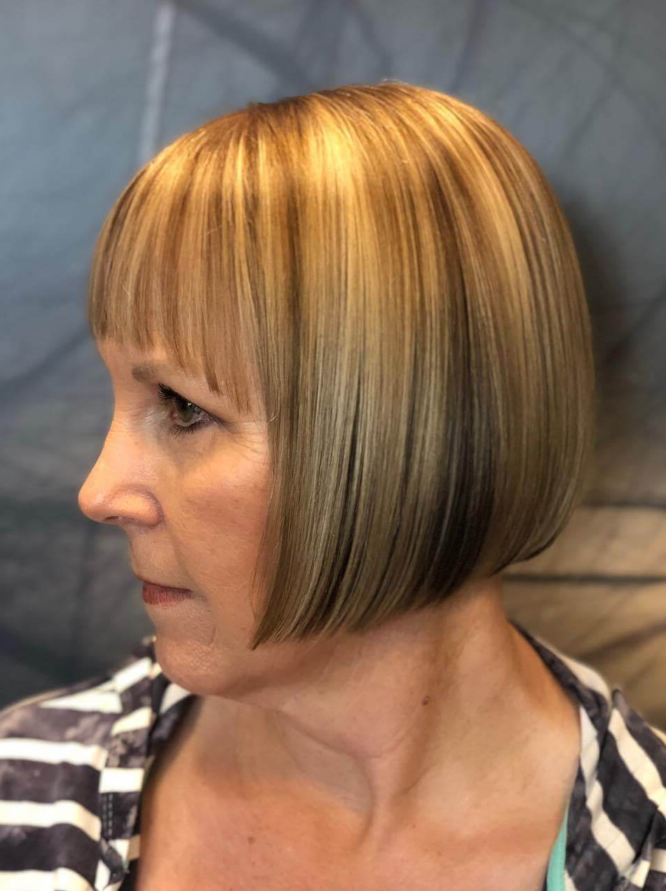 25 Charming Layered Bob Haircuts And Hairstyles Inside Well Known Marvelous Mauve Shaggy Bob Hairstyles (View 2 of 20)