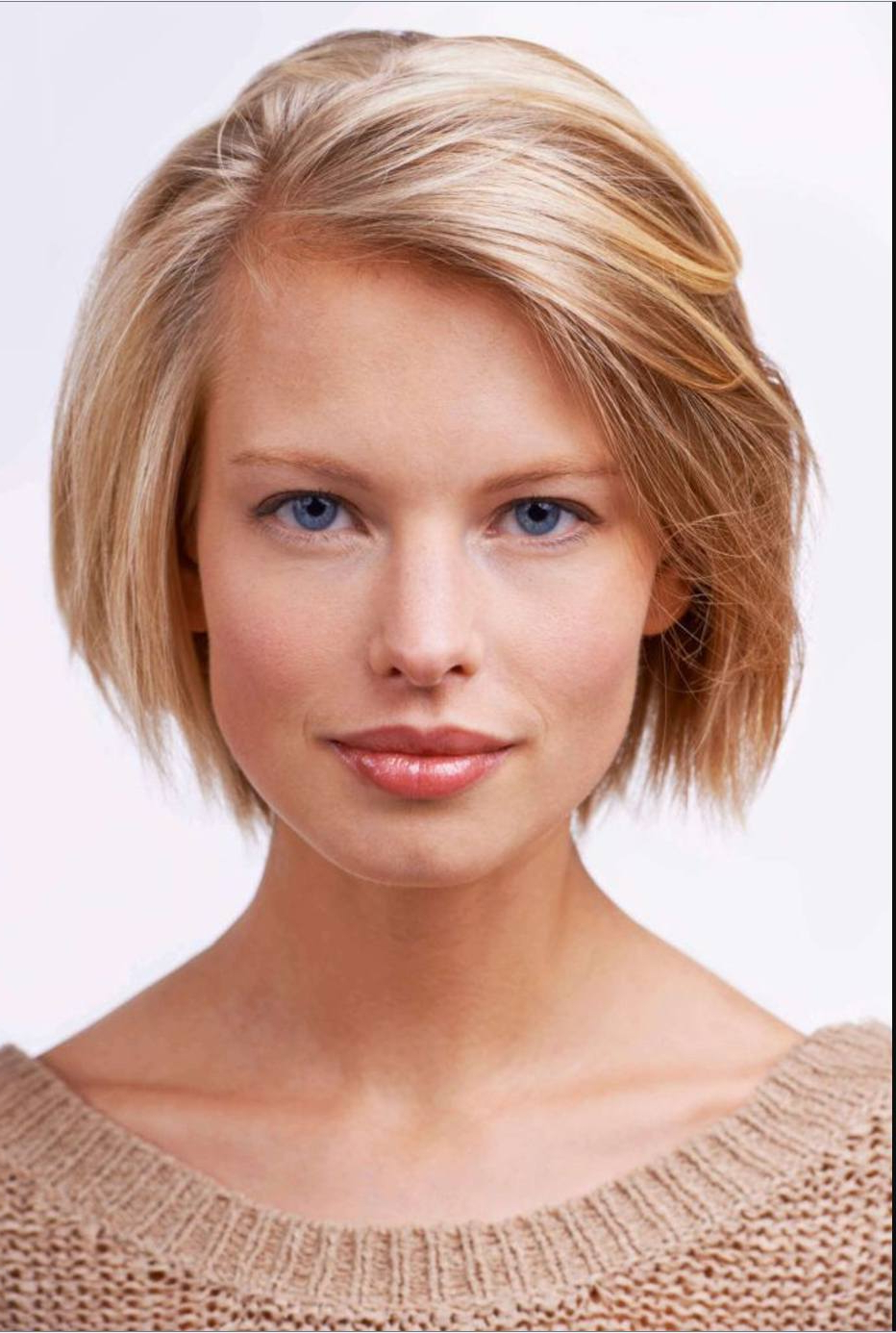 34 Best Red And Blonde Hairstyles And Haircuts For 2019 Intended For Well Known Strawberry Blonde Bob Hairstyles With Flipped Ends (View 3 of 20)