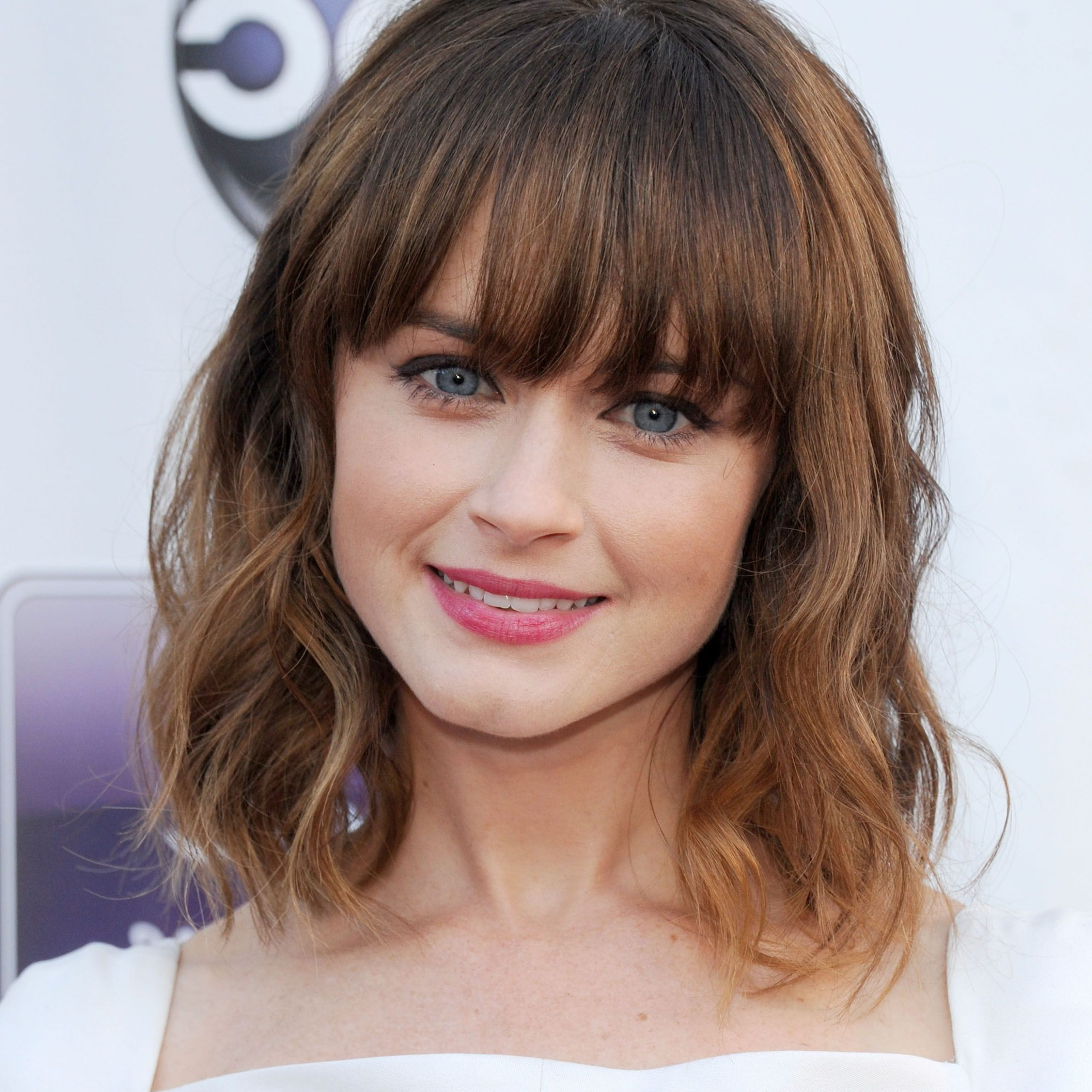 35 Best Hairstyles With Bangs – Photos Of Celebrity Haircuts For Most Popular Gray Razored Shag Haircuts With Black Roots (View 17 of 20)
