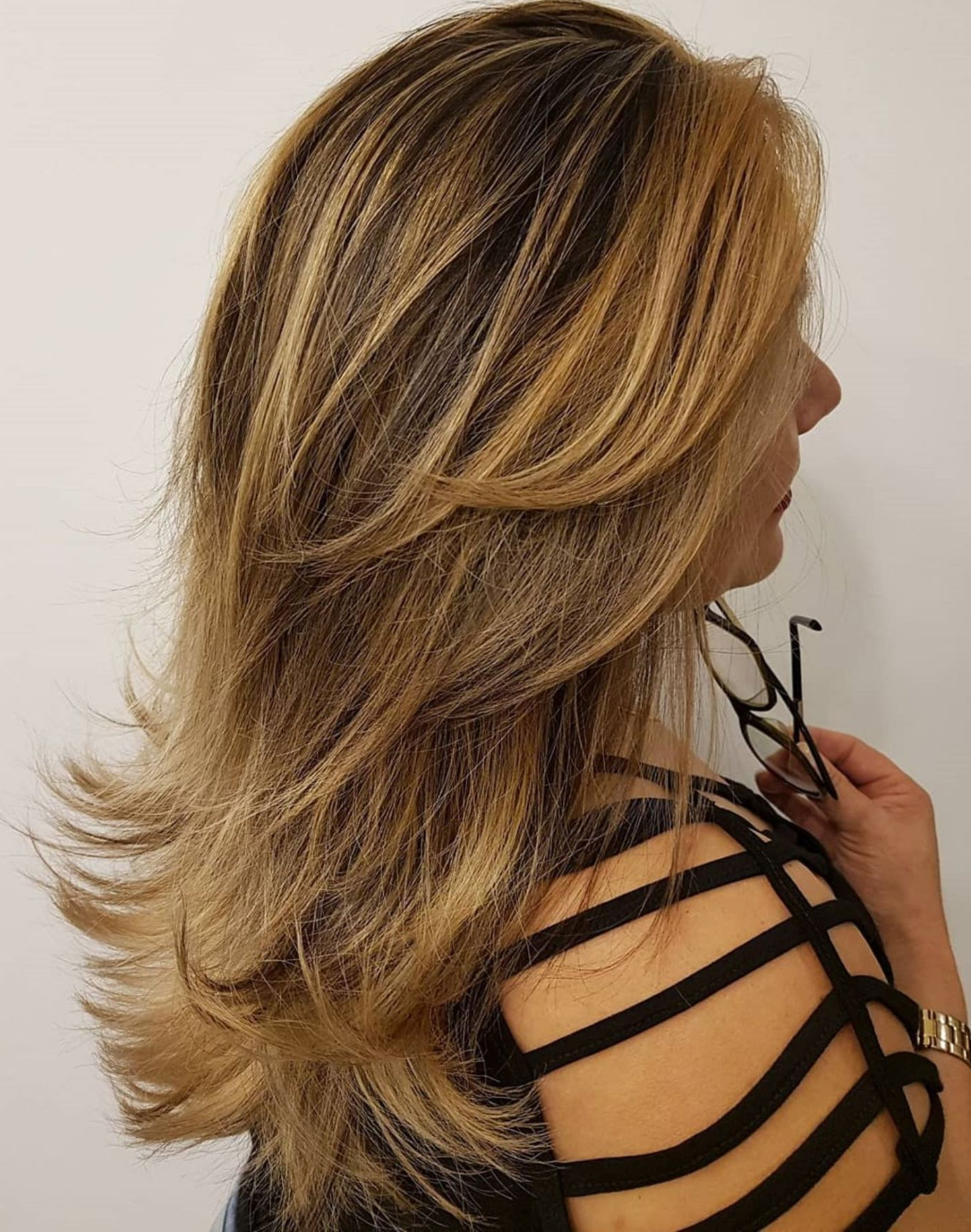 40 Long Hairstyles And Haircuts For Fine Hair In 2019 With Well Liked Lovely Golden Blonde Haircuts With Swoopy Layers (View 6 of 20)