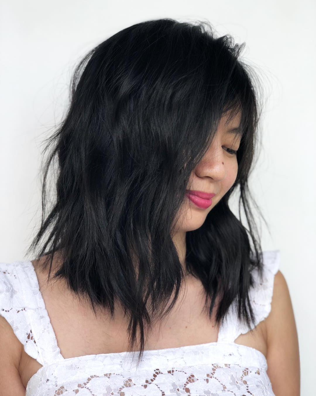 40 Medium Length Hairstyles For Thick Hair ⋆ Palau Oceans Inside Steeply Angled Razored Asymmetrical Bob Hairstyles (View 17 of 20)
