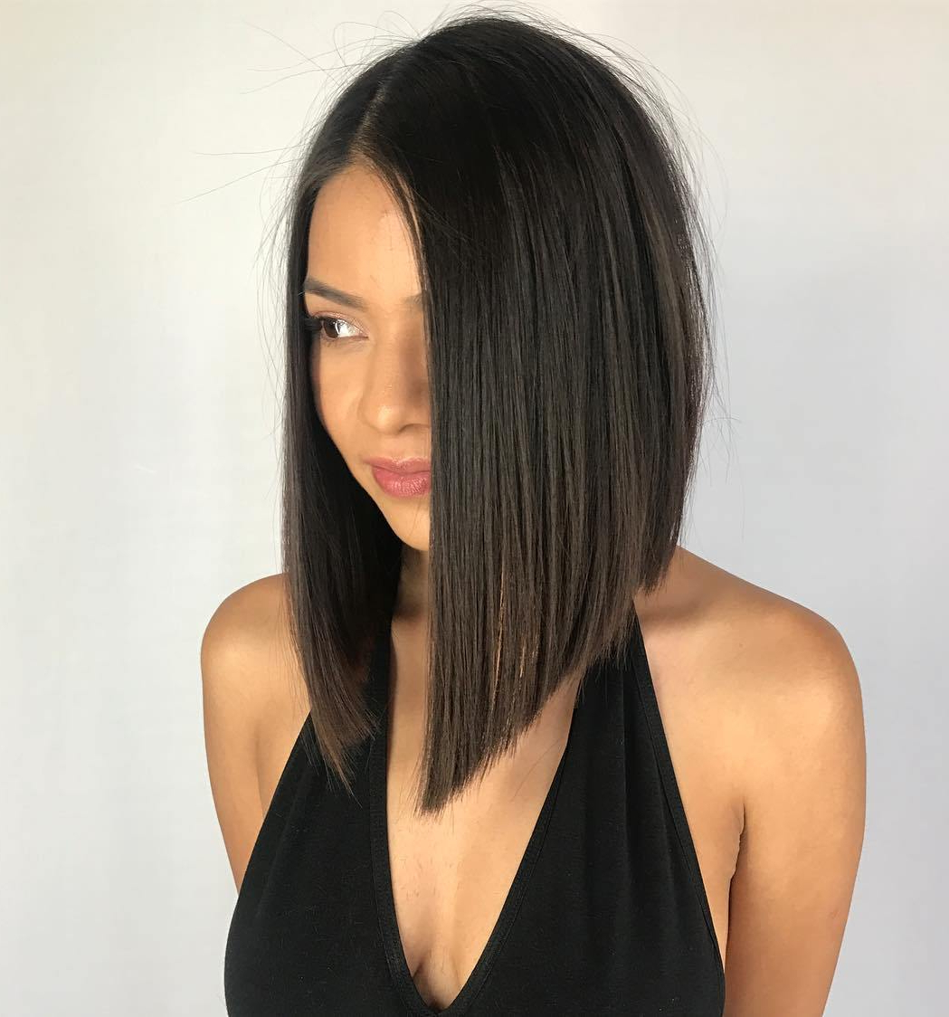 40 Medium Length Hairstyles For Thick Hair ⋆ Palau Oceans Regarding Steeply Angled Razored Asymmetrical Bob Hairstyles (View 15 of 20)