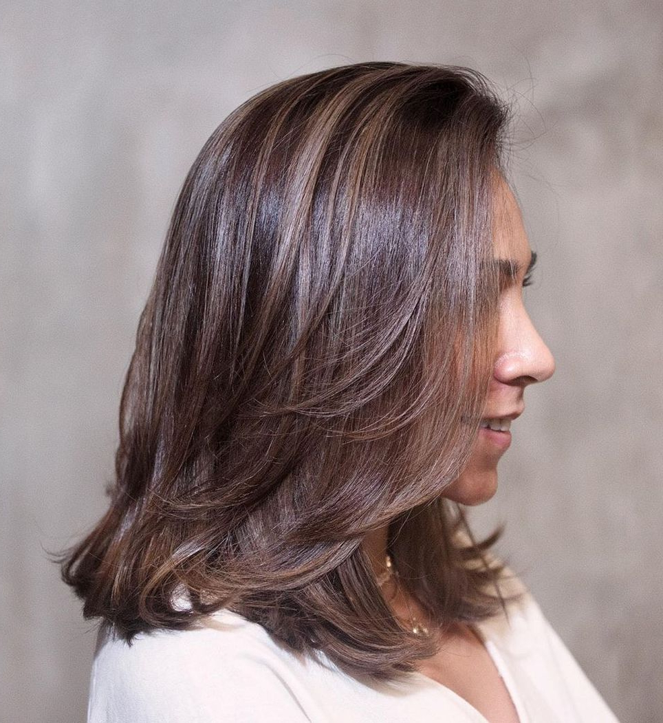 40 Medium Length Hairstyles For Thick Hair ⋆ Palau Oceans Within Well Known Medium Haircuts With Chunky Swoopy Layers (View 3 of 20)