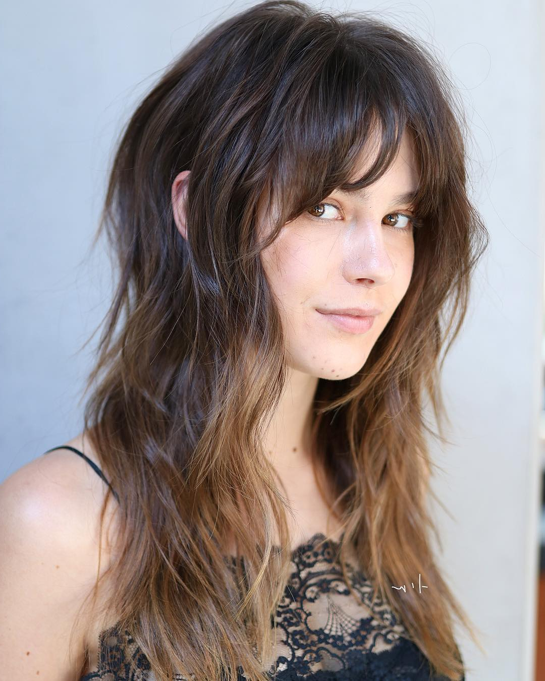 40 Modern Shag Haircuts For Women To Make A Splash For Popular Elongated Razored Straight Shag Haircuts With Bangs (View 5 of 20)