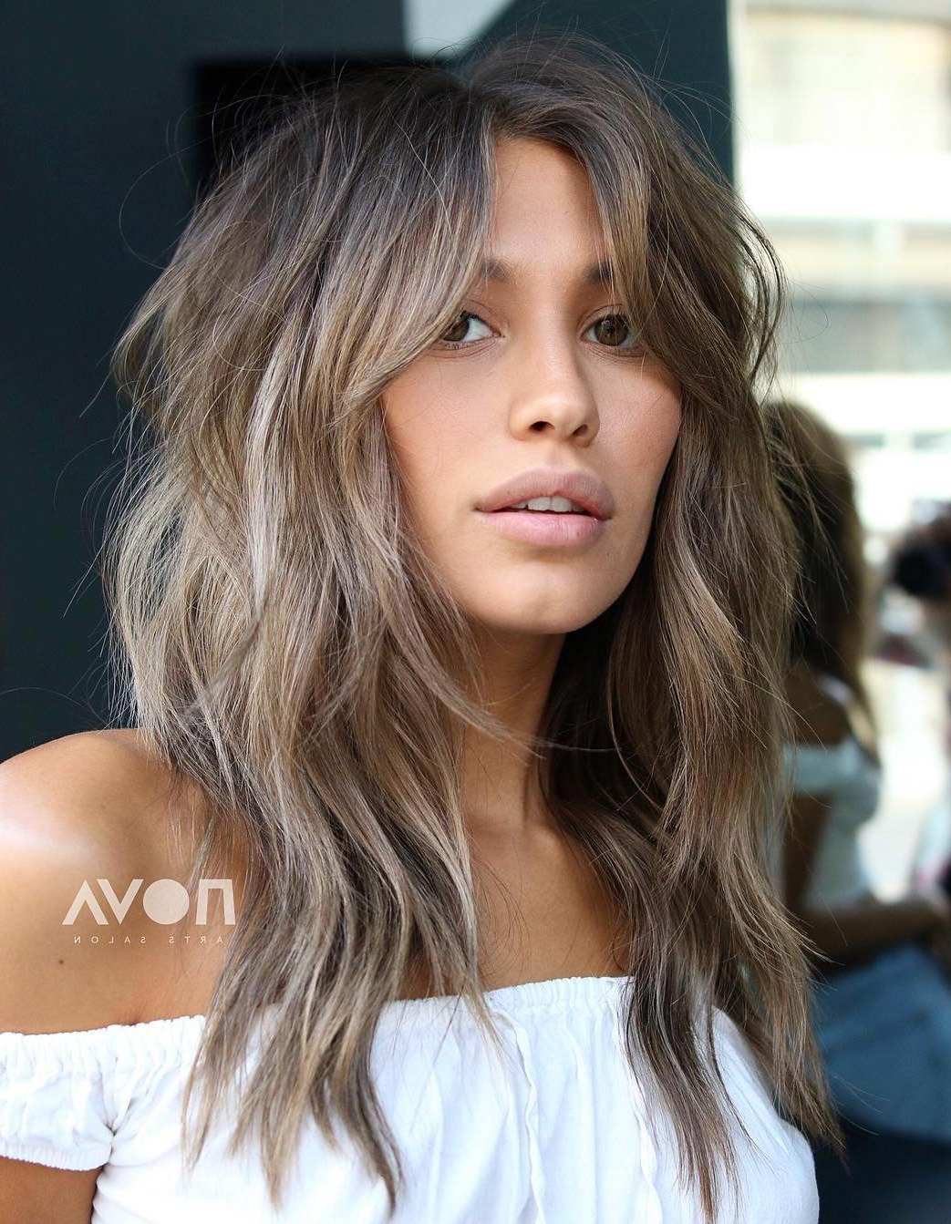 40 Modern Shag Haircuts For Women To Make A Splash For Well Known Gray Razored Shag Haircuts With Black Roots (View 9 of 20)