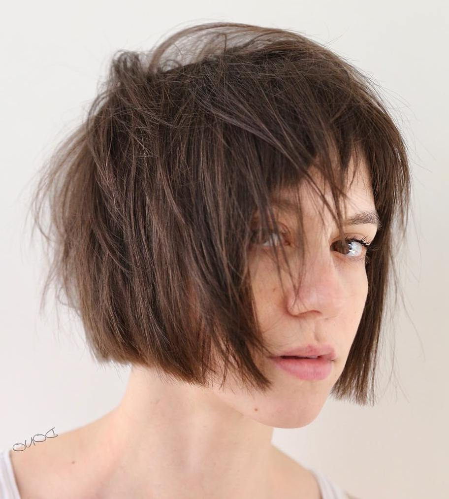 40 Modern Shag Haircuts For Women To Make A Splash Pertaining To 2017 Elongated Razored Straight Shag Haircuts With Bangs (View 6 of 20)