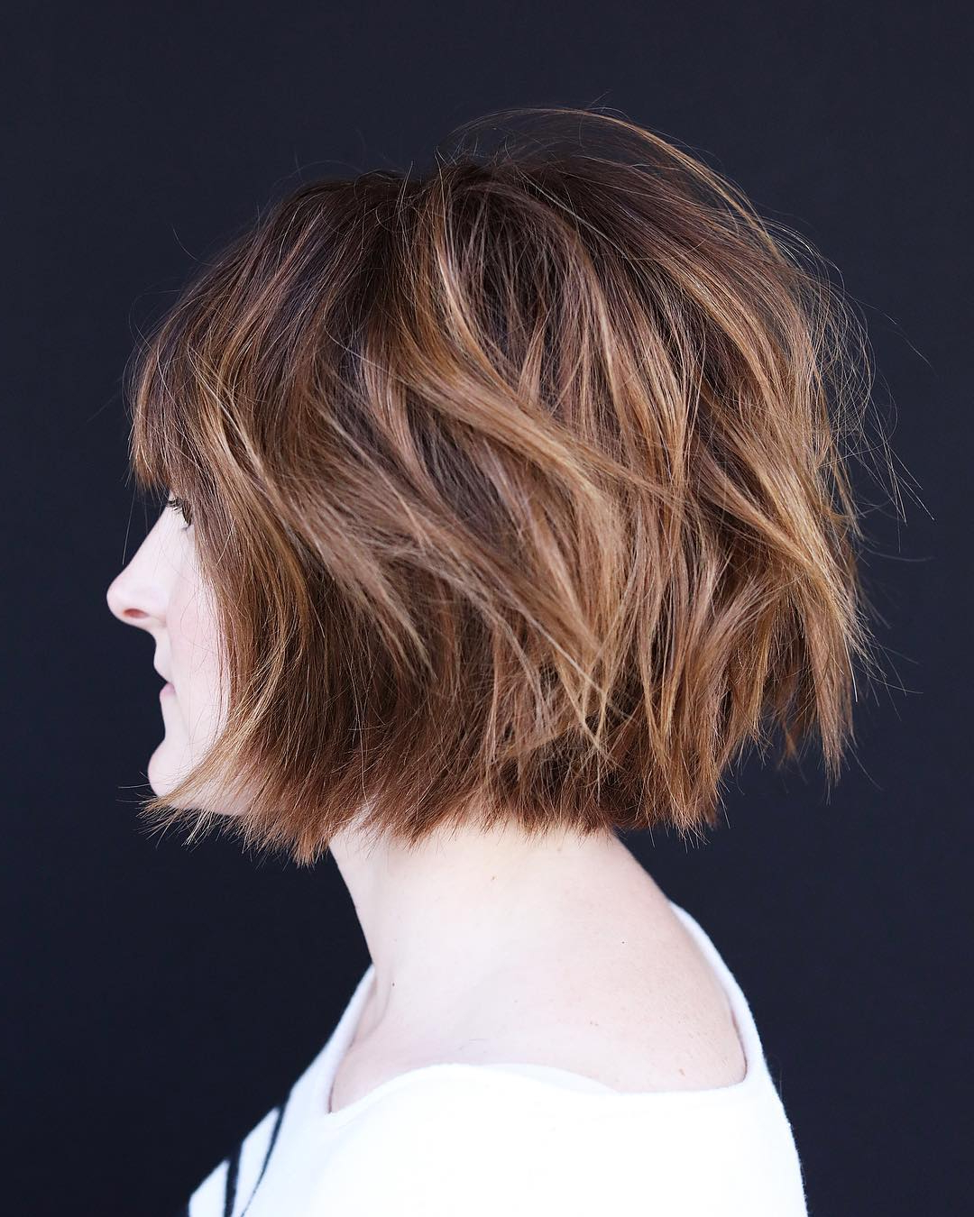 40 Modern Shag Haircuts For Women To Make A Splash Pertaining To Jaw Length Shaggy Bob Hairstyles (View 18 of 20)