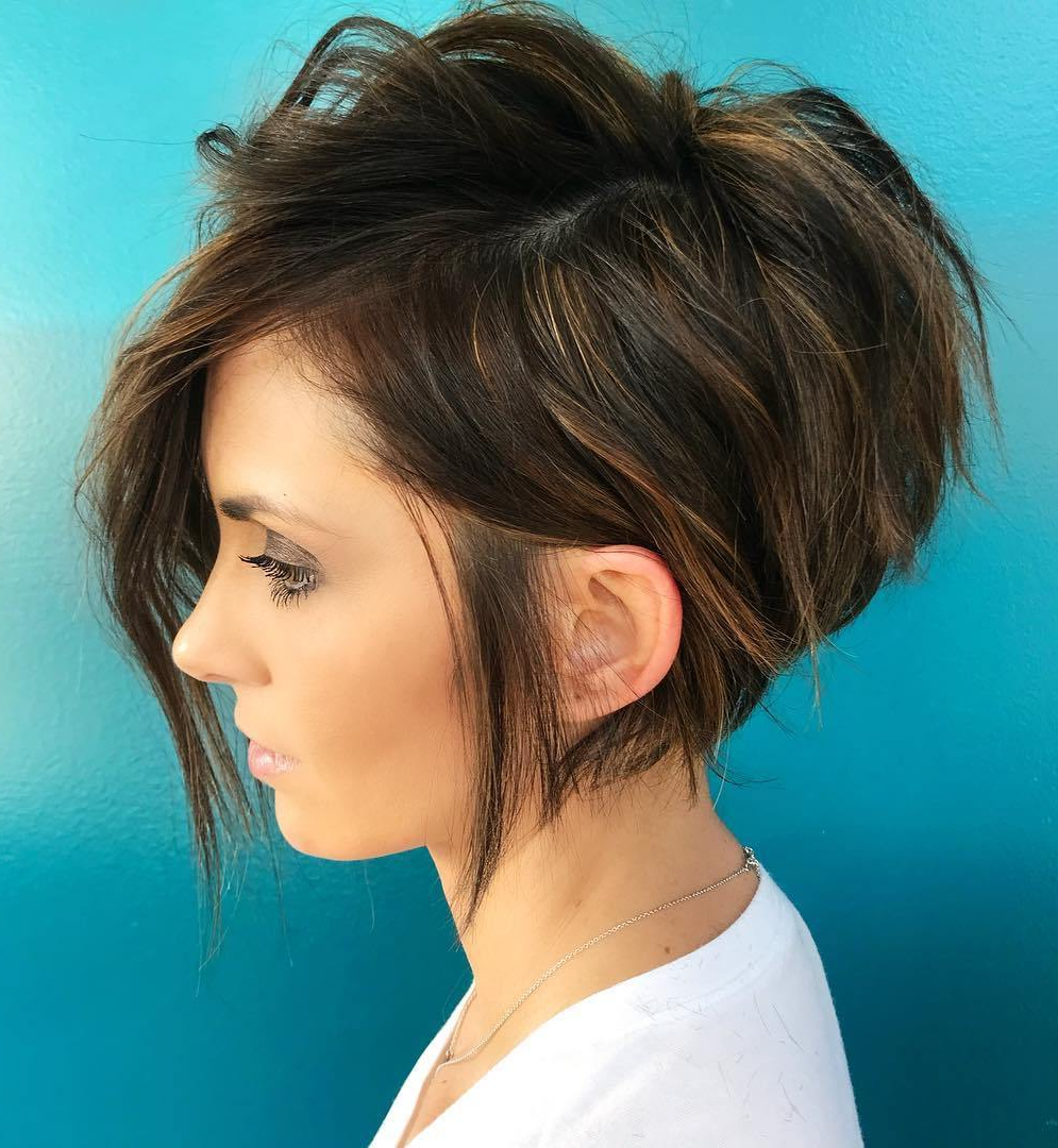 40 Modern Shag Haircuts For Women To Make A Splash Within 2018 Brunette Wavy Razored Shag Haircuts (View 5 of 20)