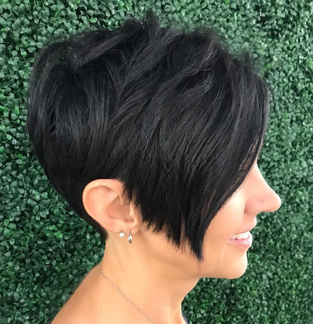 40 Short Hairstyles For Thick Hair (Trendy In 2019 2020 For Pixie Haircuts With Tapered Sideburns (View 5 of 20)