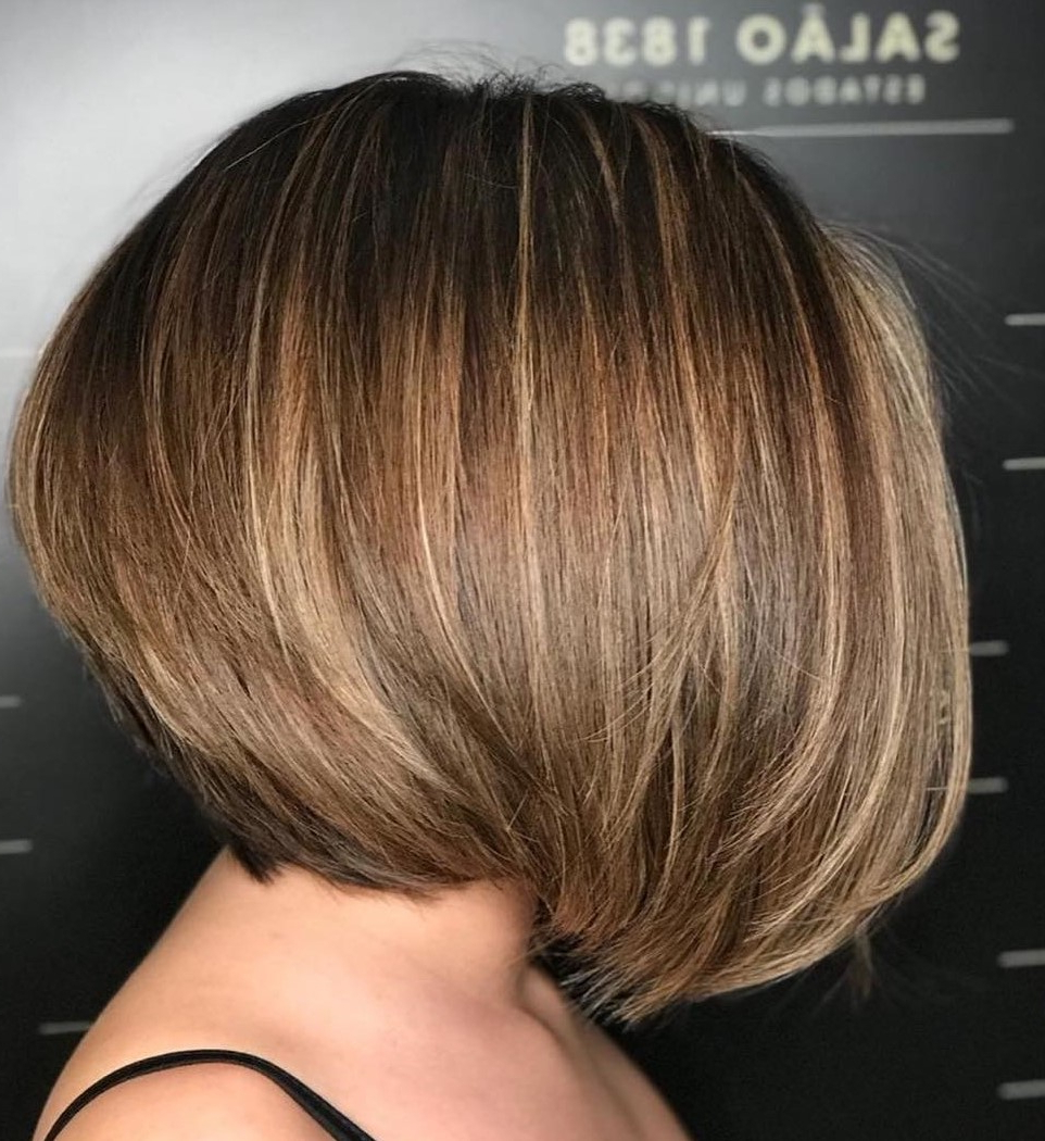 40 Short Hairstyles For Thick Hair (trendy In 2019 2020 Regarding Trendy Voluminous Layered Bronde Lob Hairstyles (View 18 of 20)