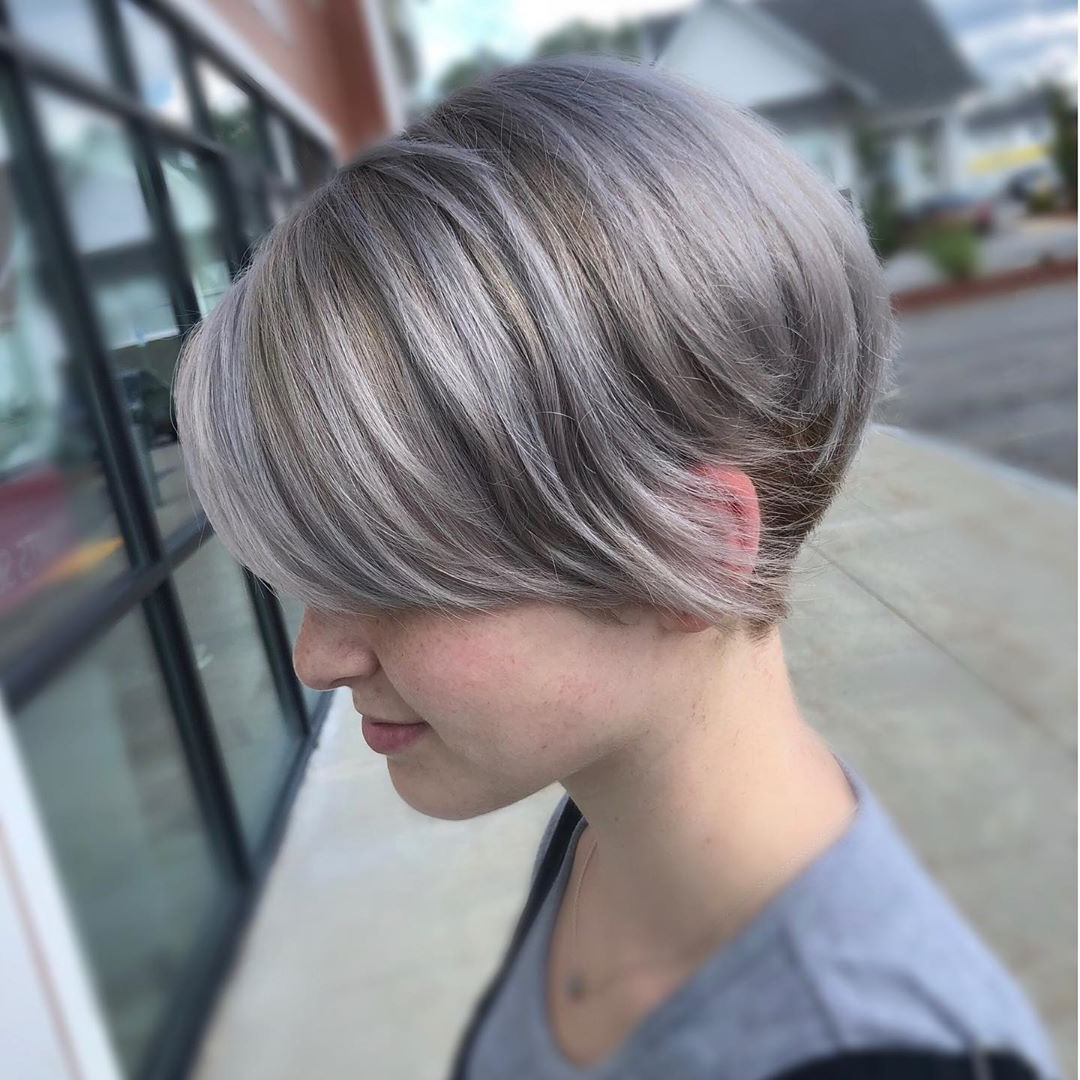 40+ Silver Hair Color Ideas & 2019 Trends: Highlights In Dusty Lavender Short Shag Haircuts (View 10 of 20)