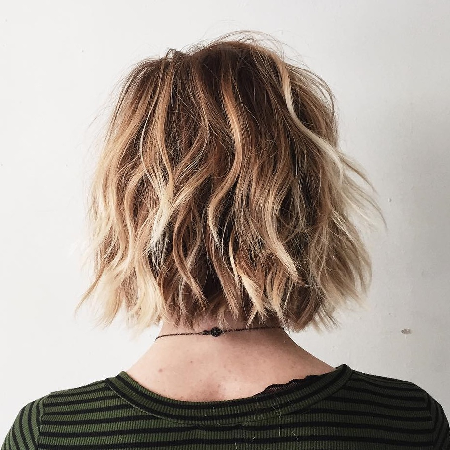 45 Short Hairstyles For Fine Hair To Rock In 2019 Intended For Inverted Caramel Bob Hairstyles With Wavy Layers (View 9 of 20)