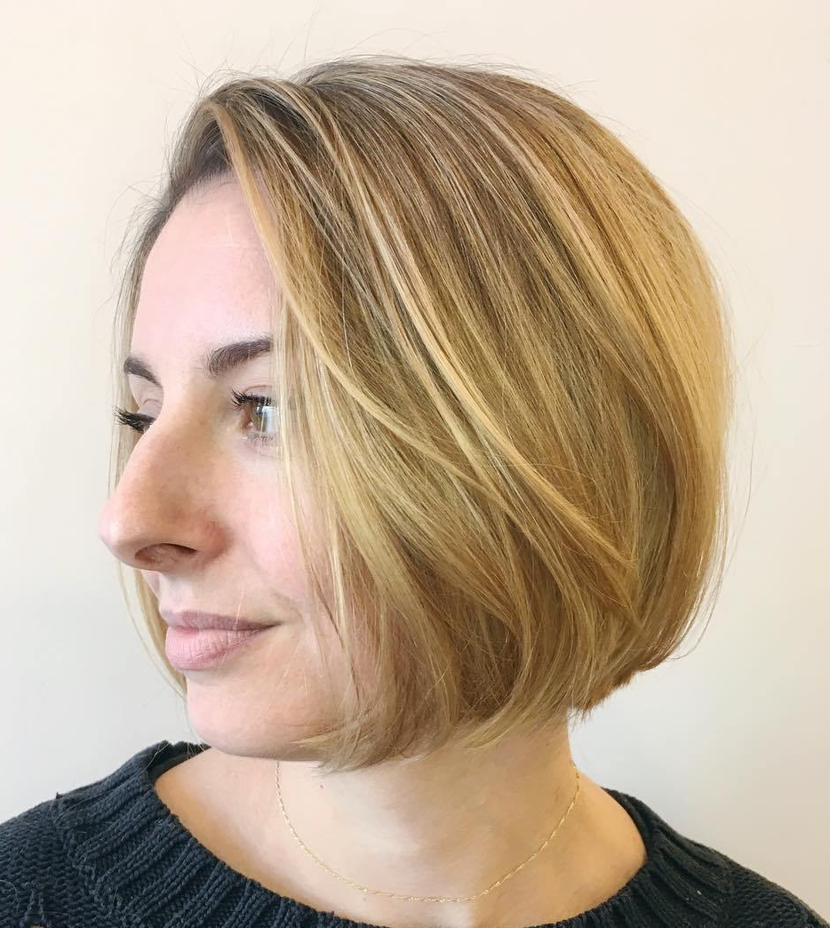 50 Bob Hairstyles For Fine Hair That Really Look Fuller Intended For Simple Side Parted Jaw Length Bob Hairstyles (Gallery 5 of 20)