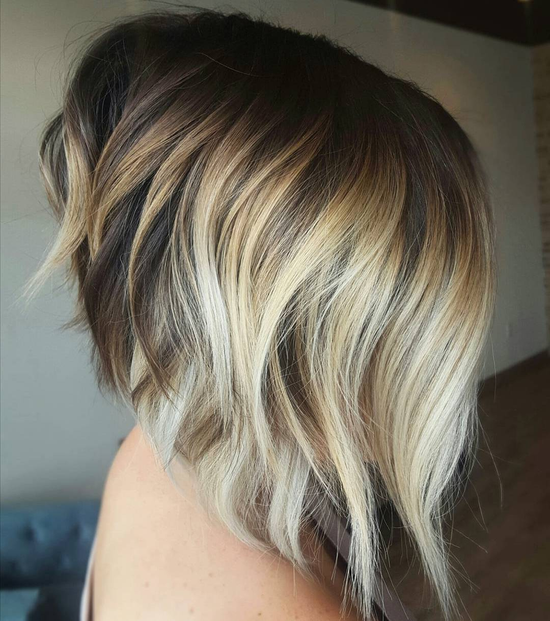 50 Choppy Bobs Too Damn Good Not To Copy – Hair Adviser For Choppy Blonde Bob Hairstyles With Messy Waves (View 13 of 20)