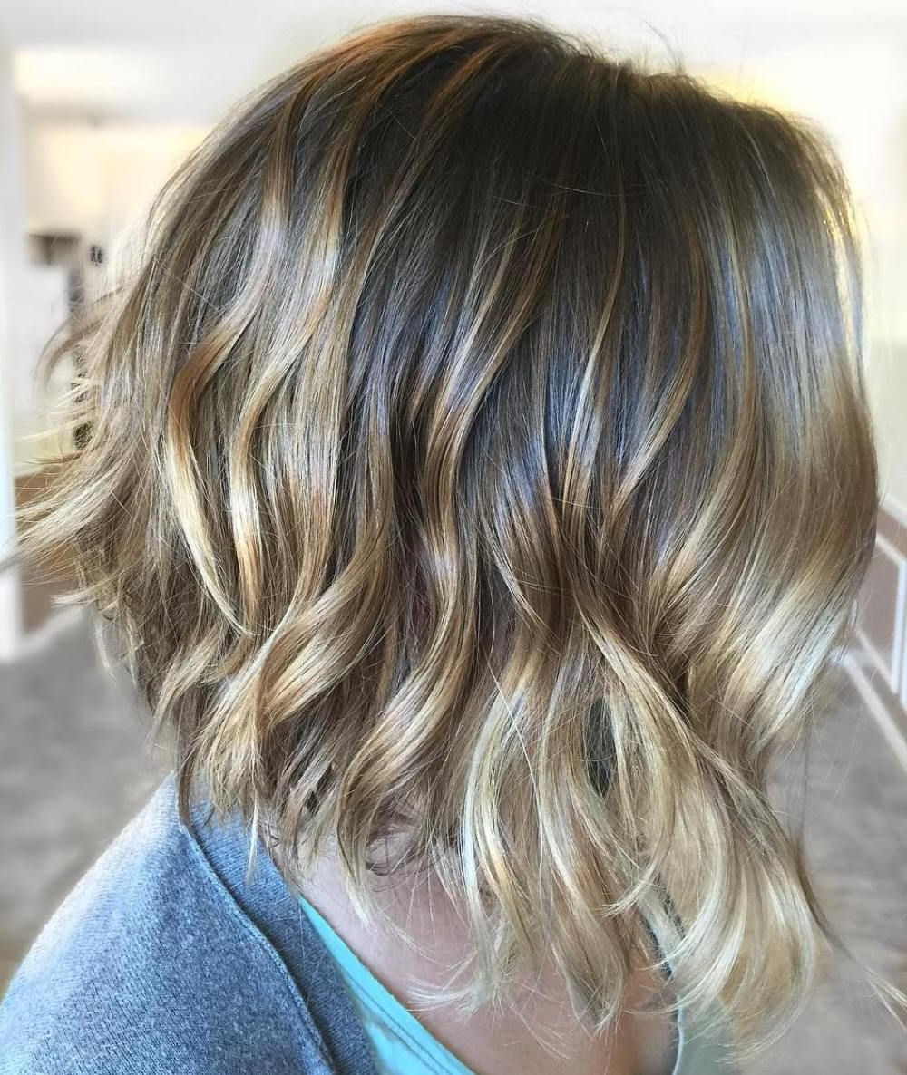 50 Gorgeous Wavy Bob Hairstyles With An Extra Touch Of Intended For Feminine Wavy Golden Blonde Bob Hairstyles (View 9 of 20)