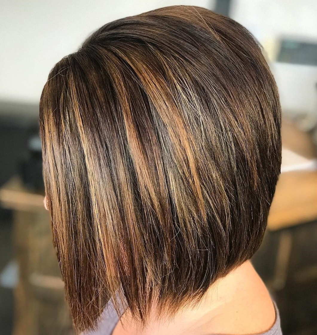 50 Inverted Bob Haircuts That Are Uber Fashionable – Hair For Short Chocolate Bob Hairstyles With Feathered Layers (View 8 of 20)