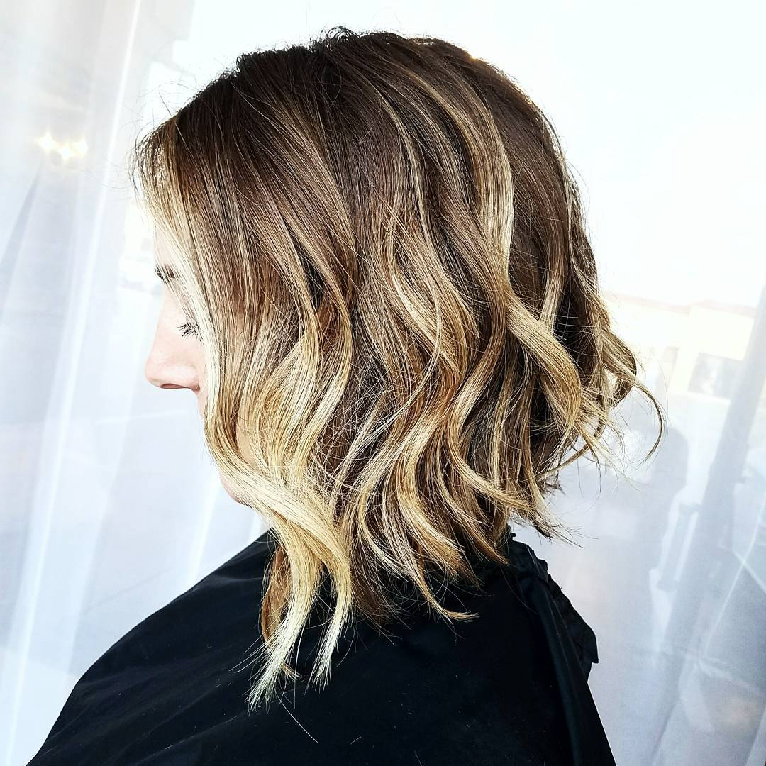 50 Inverted Bob Haircuts That Are Uber Fashionable – Hair Inside Trendy Longer Textured Haircuts With Sun Kissed Balayage (View 12 of 20)