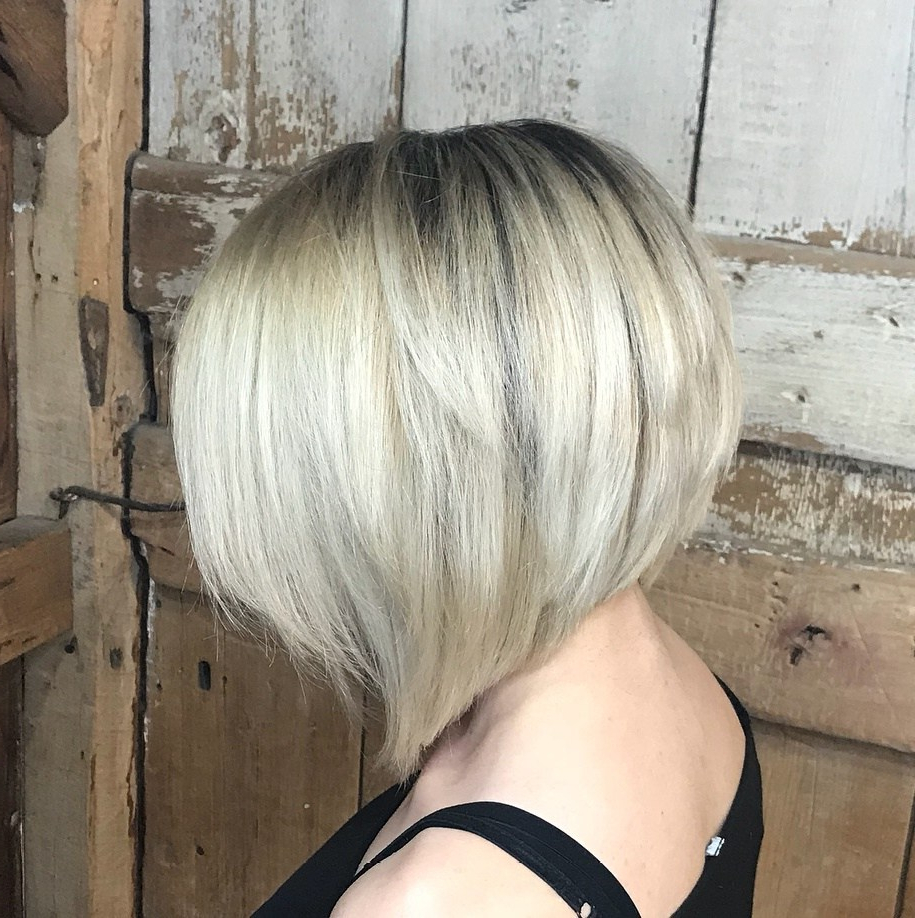 50 Inverted Bob Haircuts That Are Uber Fashionable – Hair Regarding Short Sliced Metallic Blonde Bob Hairstyles (View 16 of 20)