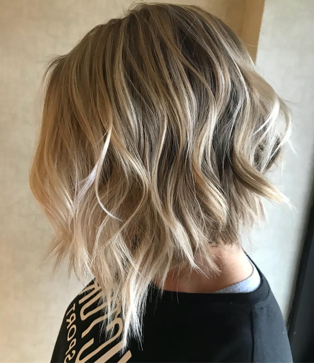 50 Inverted Bob Haircuts That Are Uber Fashionable – Hair With Choppy Blonde Bob Hairstyles With Messy Waves (View 10 of 20)