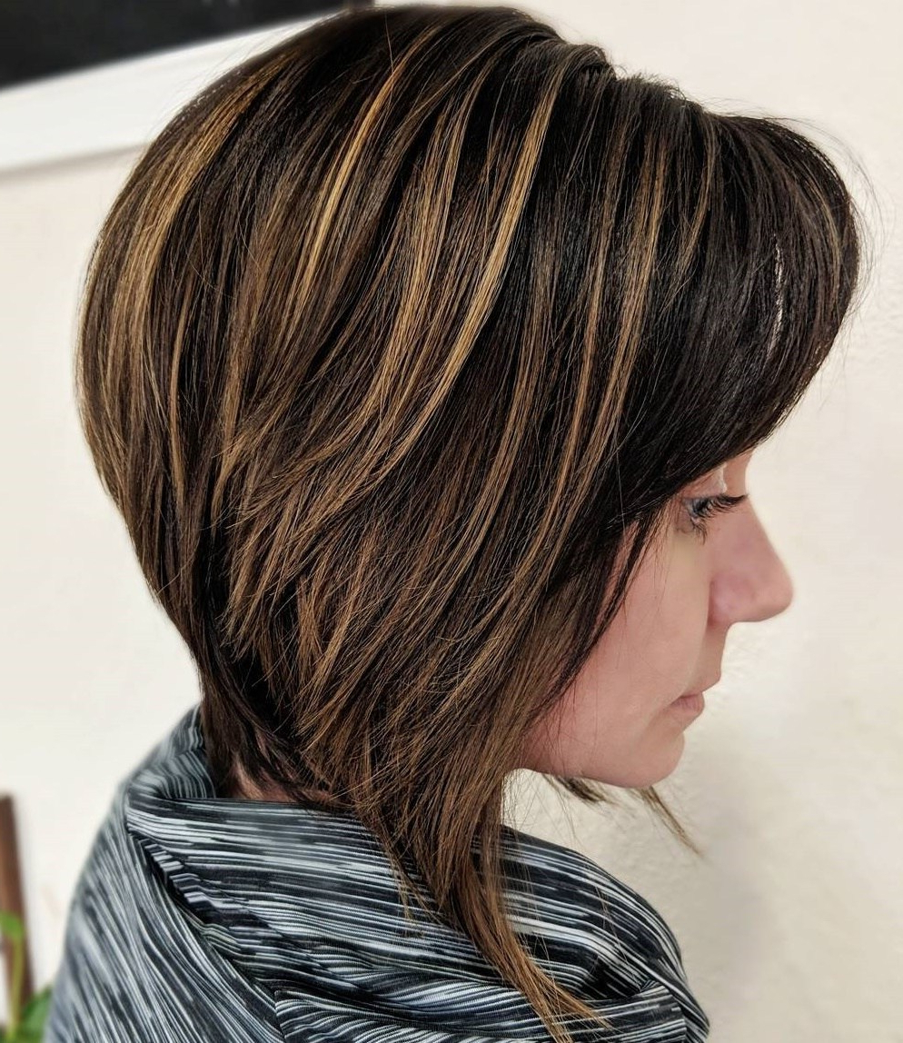 50 Inverted Bob Haircuts That Are Uber Fashionable – Hair Within Bob Hairstyles With Contrasting Highlights (View 7 of 20)
