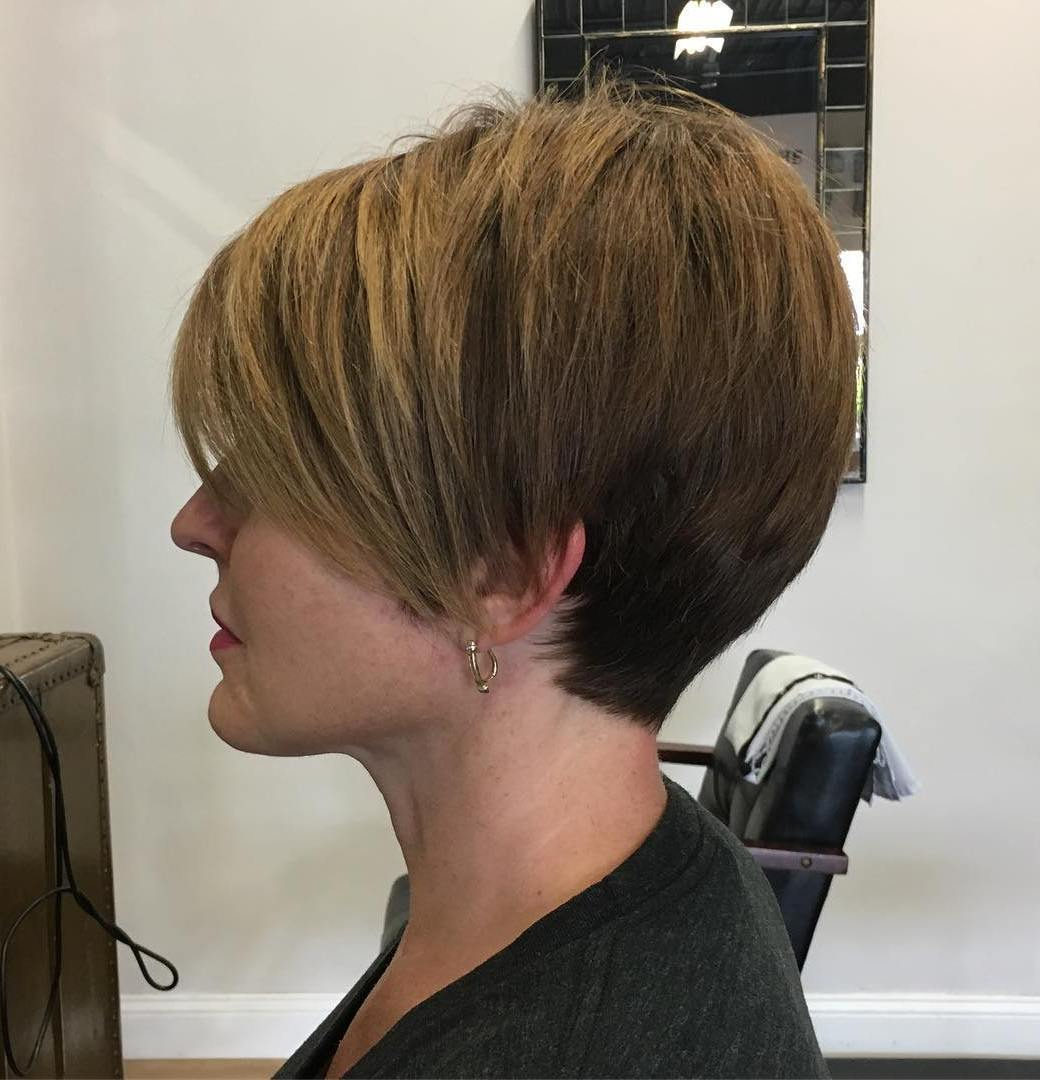 50 Screenshot Worthy Short Layered Hairstyles – Hair Adviser Intended For Tapered Shaggy Chocolate Brown Bob Hairstyles (View 9 of 20)