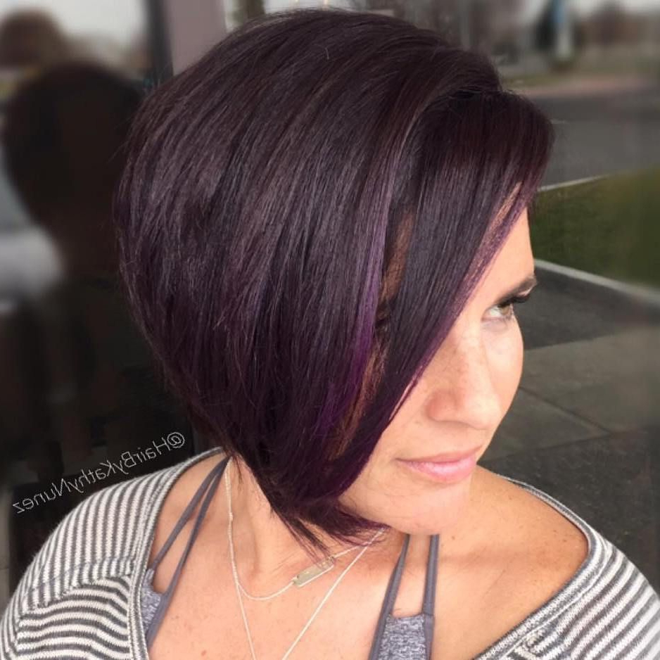50 Super Cute Looks With Short Hairstyles For Round Faces Intended For Color Highlights Short Hairstyles For Round Face Types (View 12 of 20)
