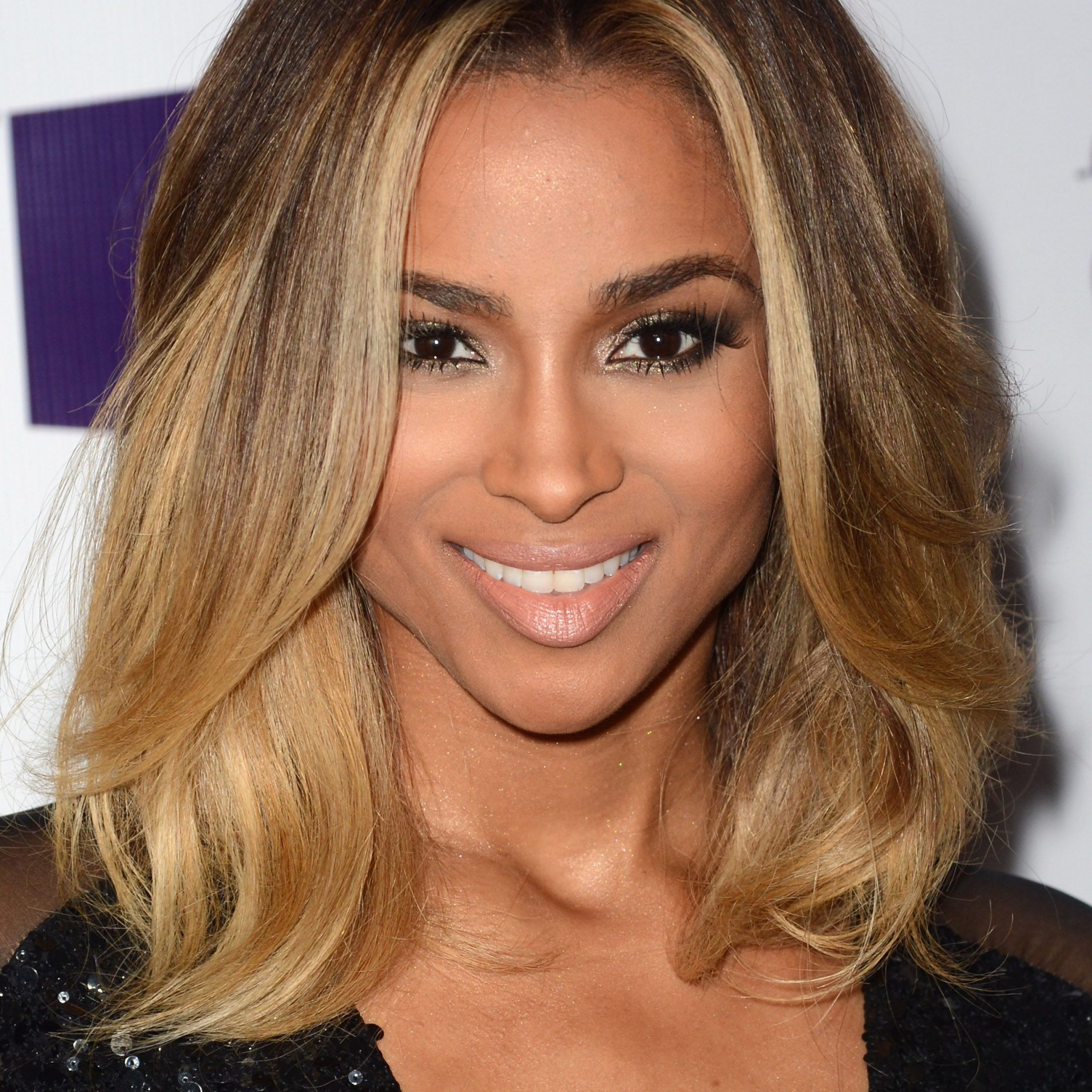 53 Best Layered Haircuts, Hairstyles & Trends For 2019 For Most Current Face Framing Wavy Hairstyles (View 10 of 20)