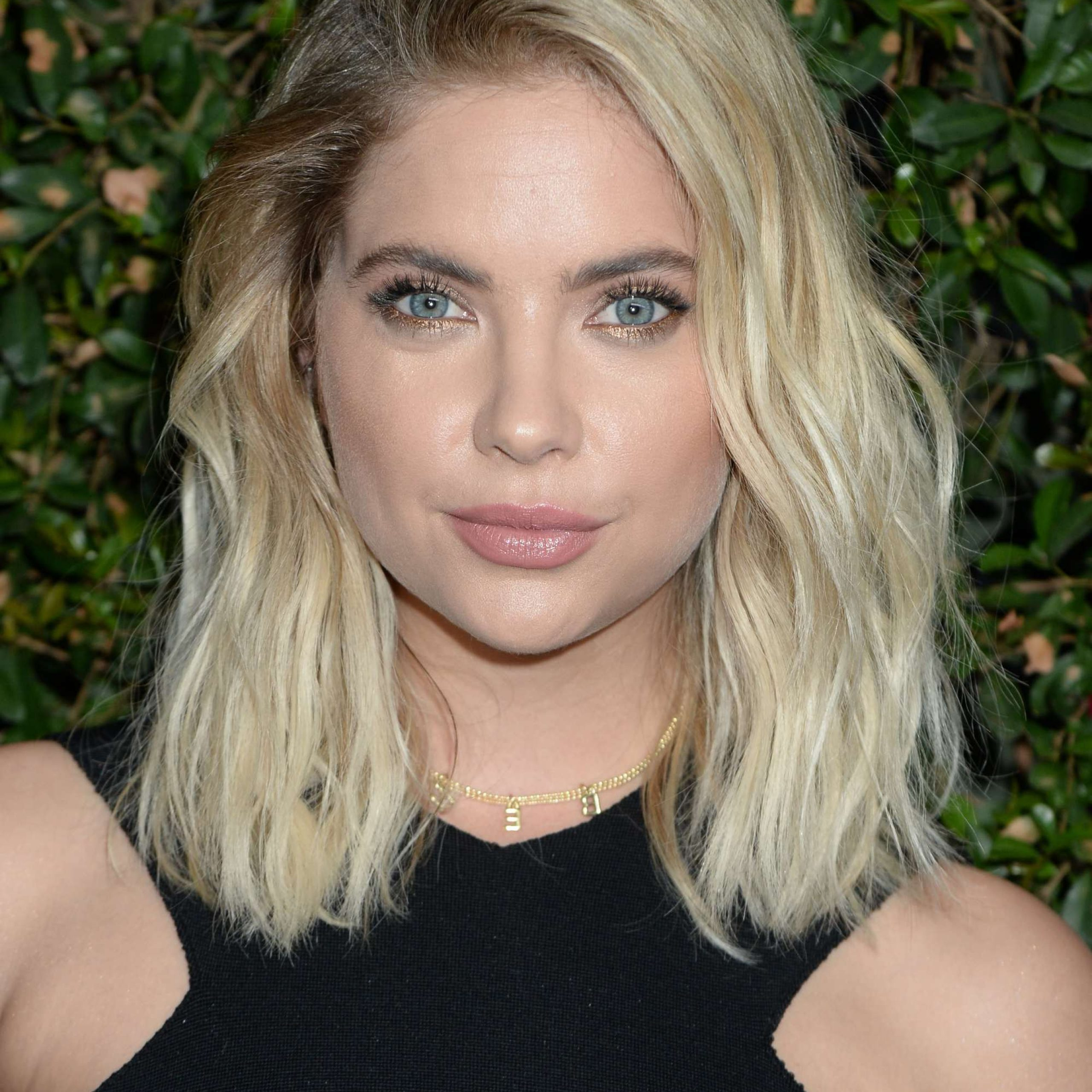 59 Best Lob Haircuts & Hairstyles (View 15 of 20)