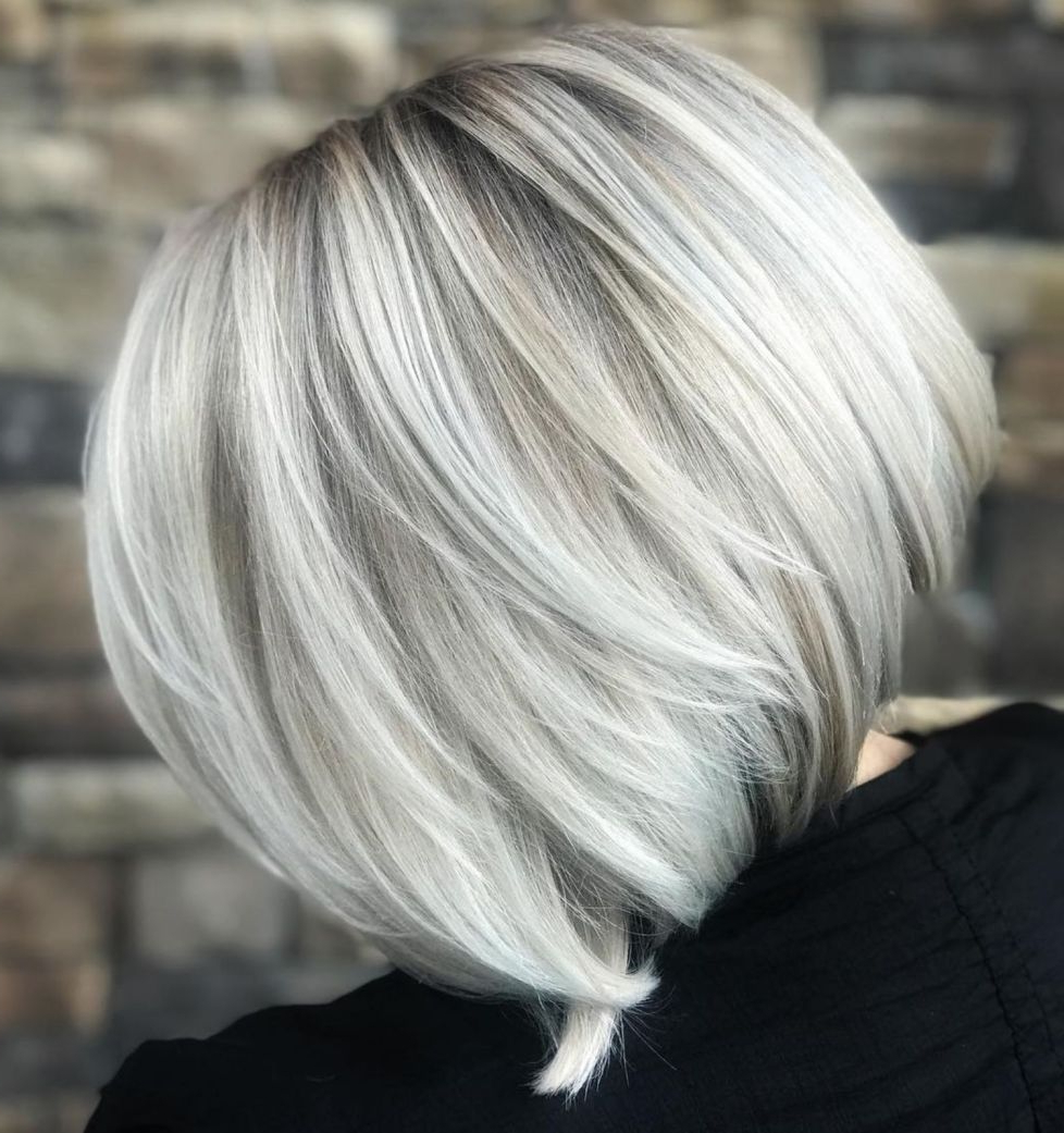 60 Beautiful And Convenient Medium Bob Hairstyles In 2019 For Piece Y Golden Bob Hairstyles With Silver Highlights (View 8 of 20)