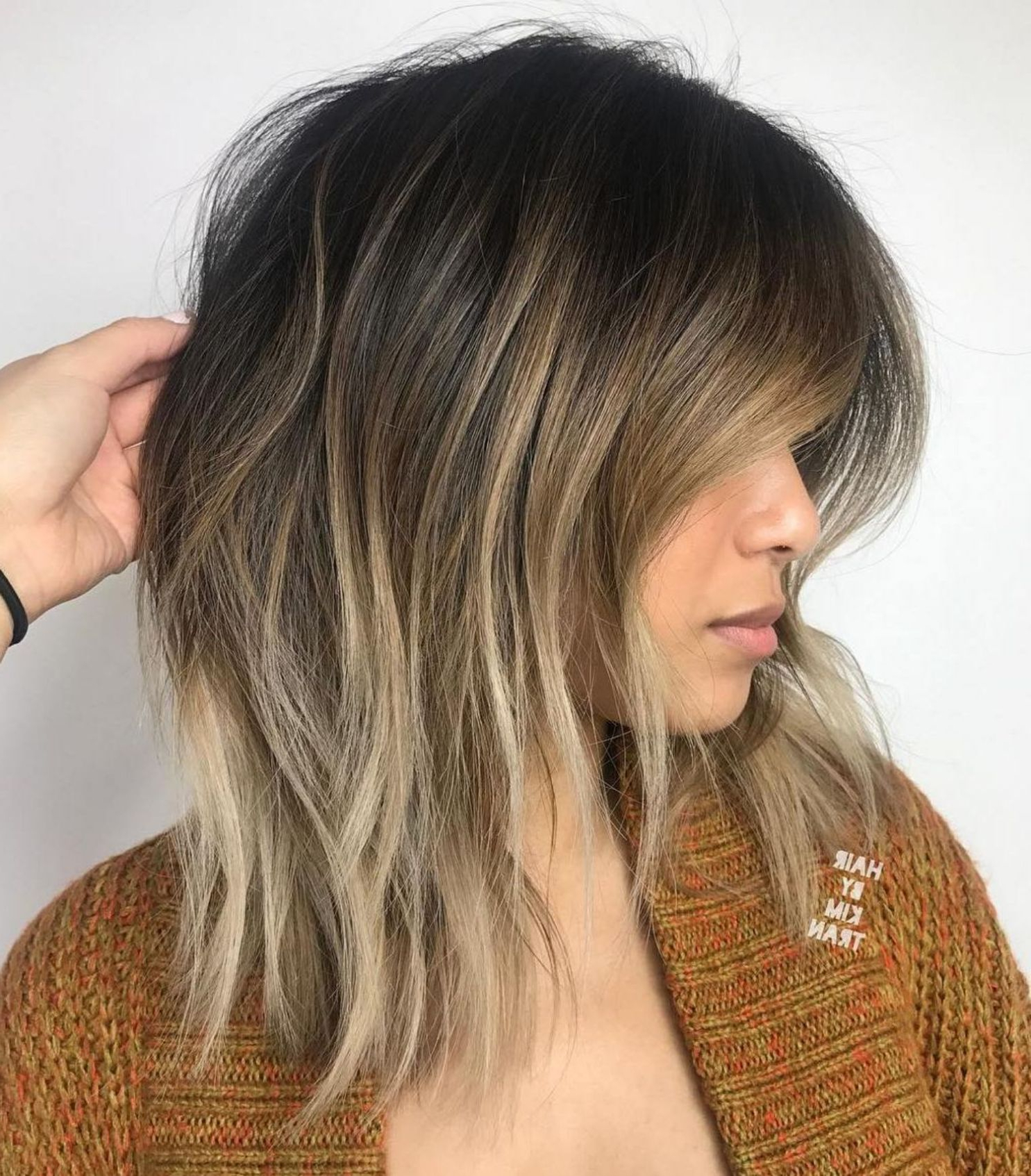 60 Fun And Flattering Medium Hairstyles For Women In 2019 In Disconnected Shaggy Brunette Bob Hairstyles (View 6 of 20)
