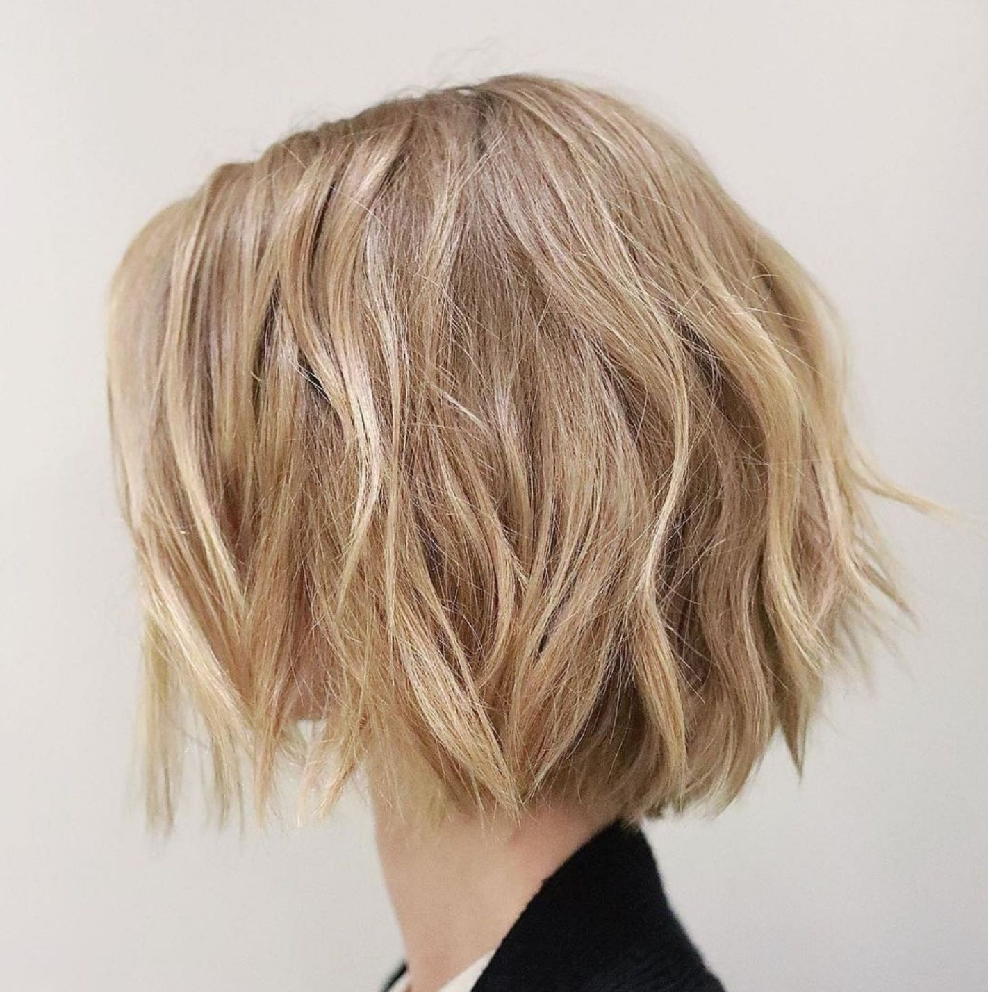 60 Messy Bob Hairstyles For Your Trendy Casual Looks | Messy For Choppy Bob Hairstyles With Blonde Ends (View 8 of 20)