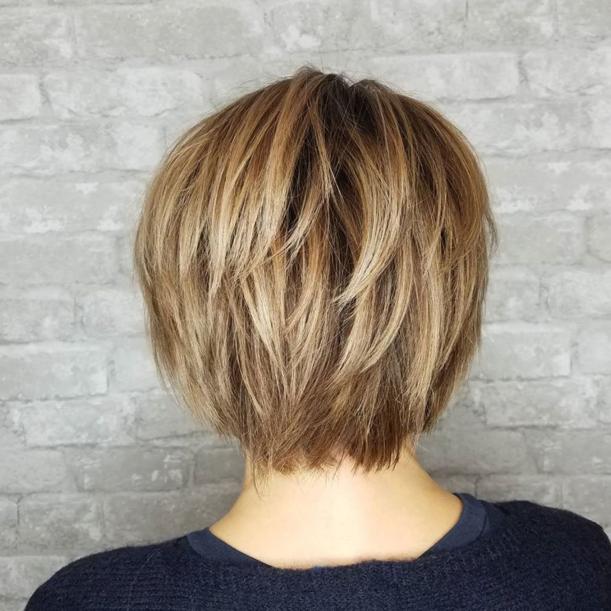 Featured Photo of Golden Bronde Bob Hairstyles With Piecey Layers