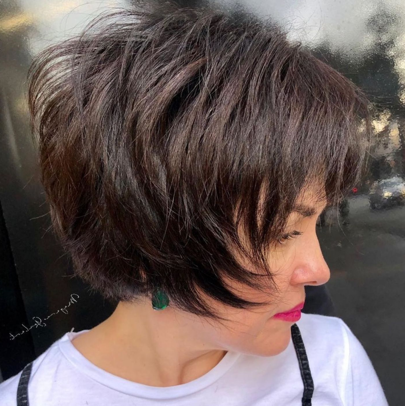 60 Short Shag Hairstyles That You Simply Can't Miss In 2019 For Short Chocolate Bob Hairstyles With Feathered Layers (View 2 of 20)
