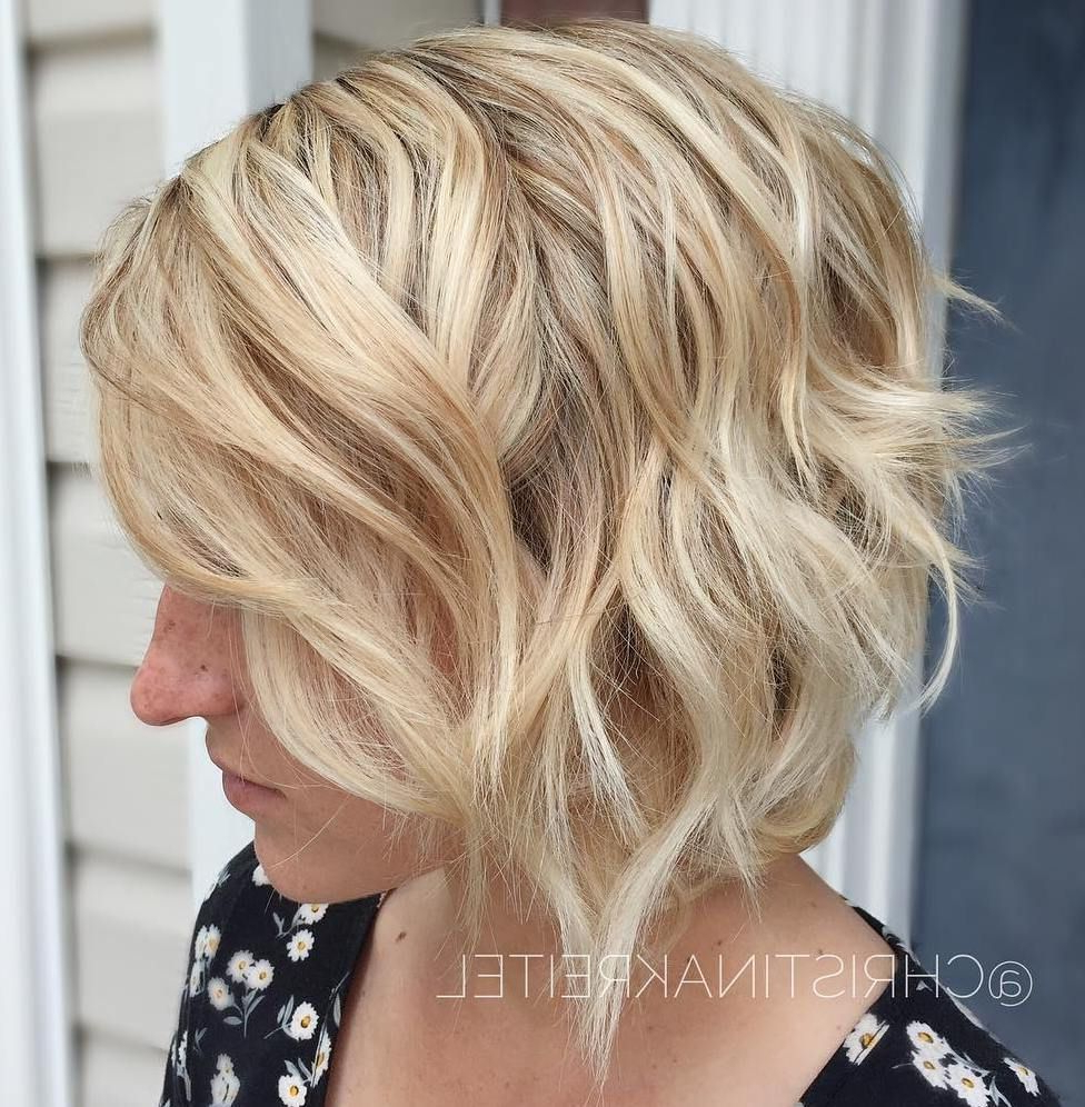 60 Short Shag Hairstyles That You Simply Can't Miss In 2019 With Curls Of Tinsel Shag Haircuts (View 8 of 20)