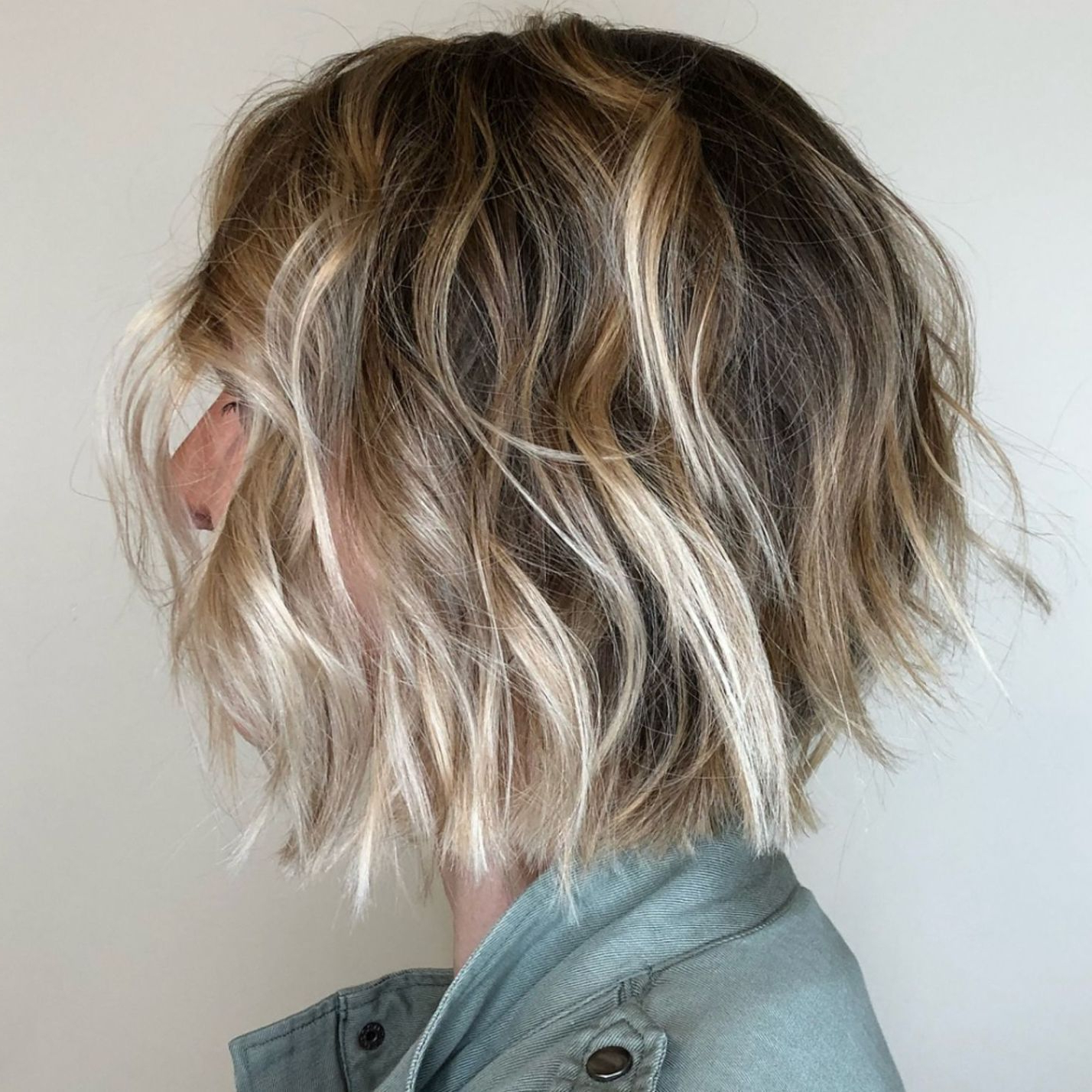 60 Short Shag Hairstyles That You Simply Can't Miss In 2019 Within Choppy Bob Hairstyles With Blonde Ends (View 9 of 20)