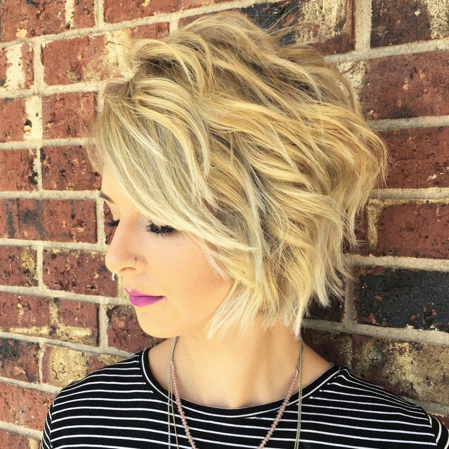 60 Short Shag Hairstyles That You Simply Can't Miss | Short Throughout Choppy Blonde Bob Hairstyles With Messy Waves (Gallery 5 of 20)
