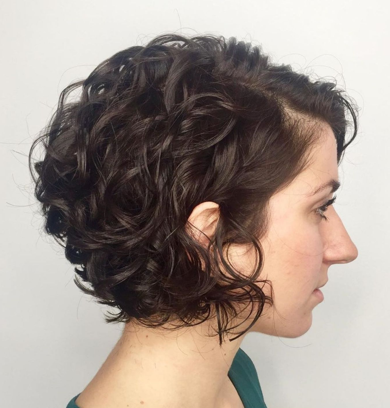 65 Different Versions Of Curly Bob Hairstyle In 2019 | Short With Regard To Simple Side Parted Jaw Length Bob Hairstyles (Gallery 6 of 20)