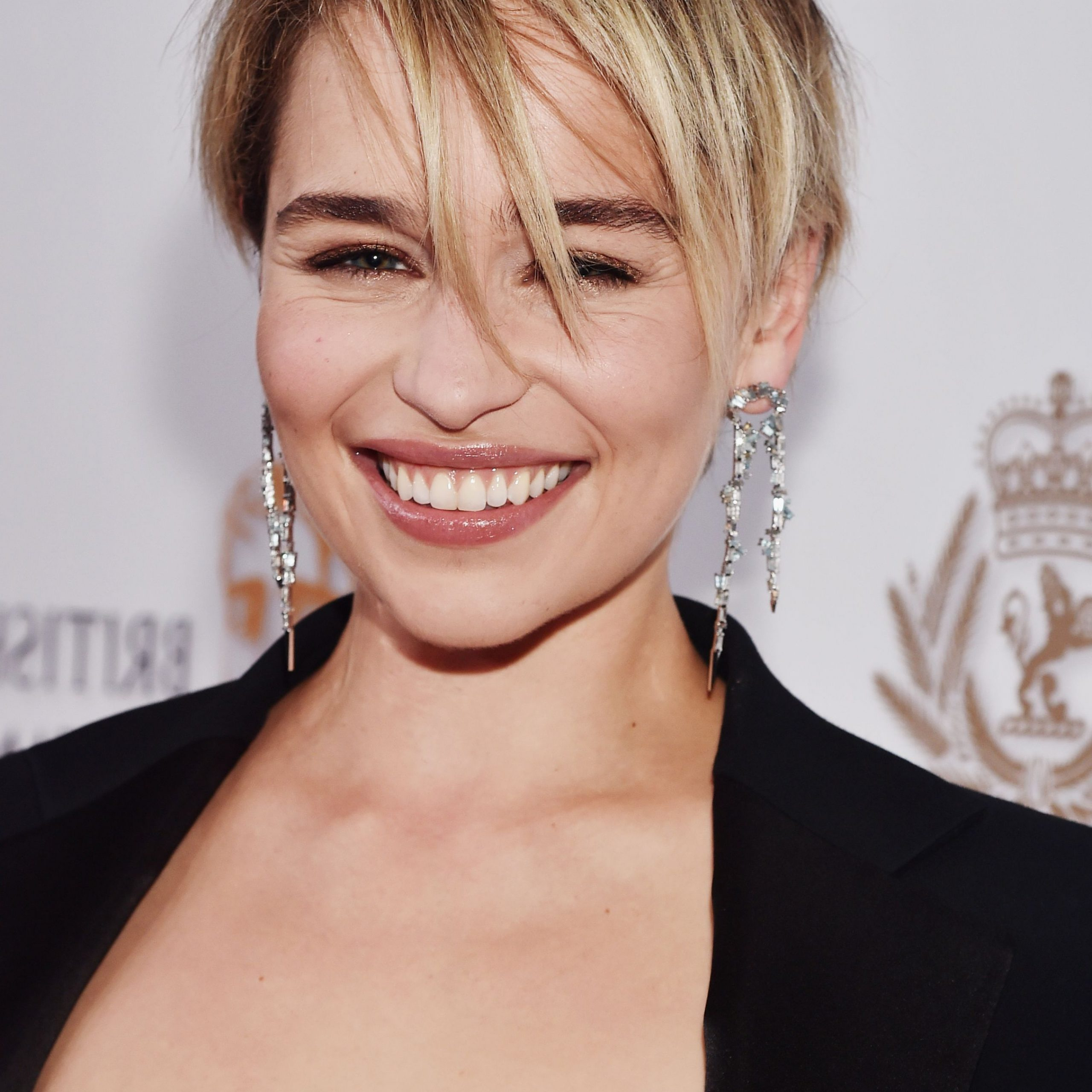 70 Best Pixie Cut Hairstyle Ideas 2019 – Cute Celebrity In Messy Highlighted Pixie Haircuts With Long Side Bangs (Gallery 13 of 20)