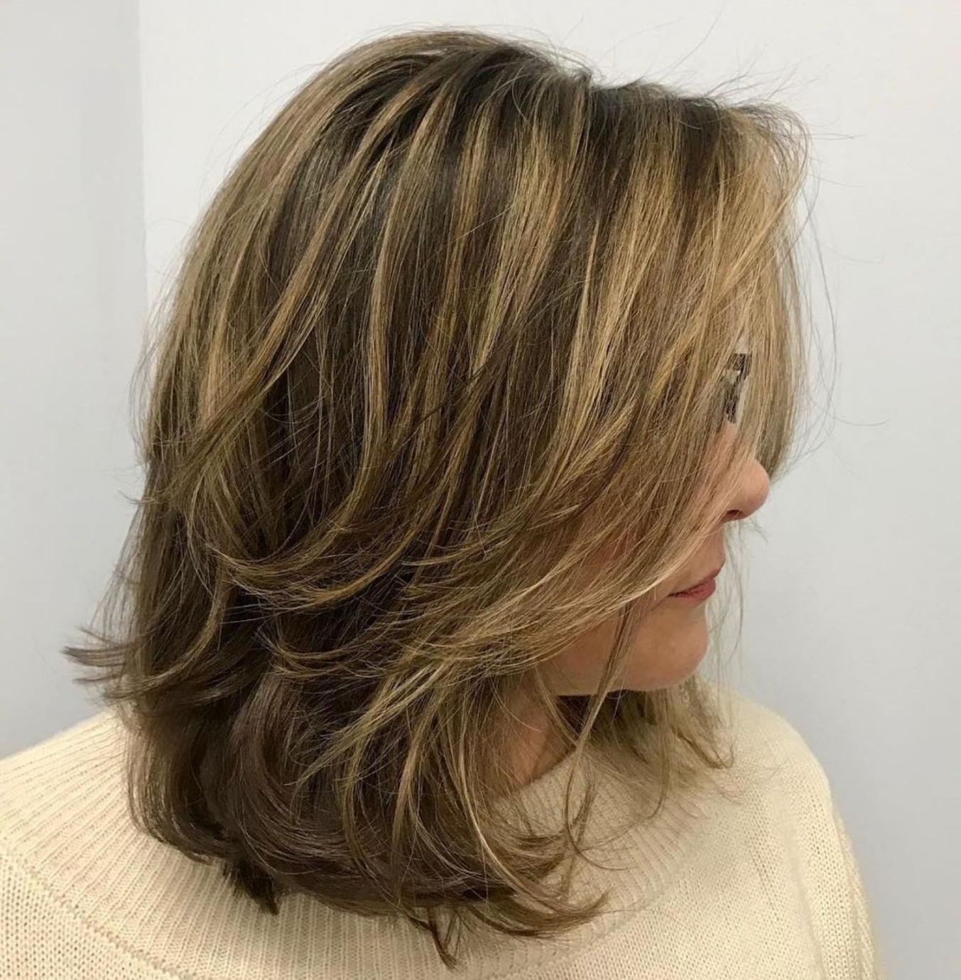 70 Brightest Medium Layered Haircuts To Light You Up (View 7 of 20)