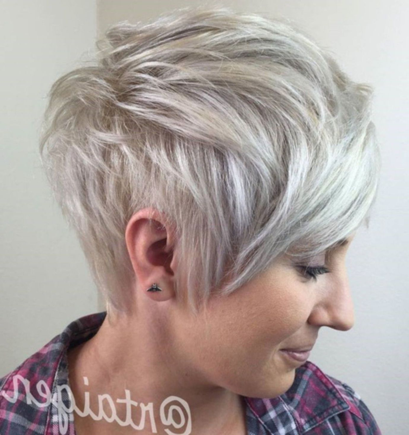 70 Short Shaggy, Spiky, Edgy Pixie Cuts And Hairstyles Pertaining To Edgy Ash Blonde Pixie Haircuts (View 17 of 20)