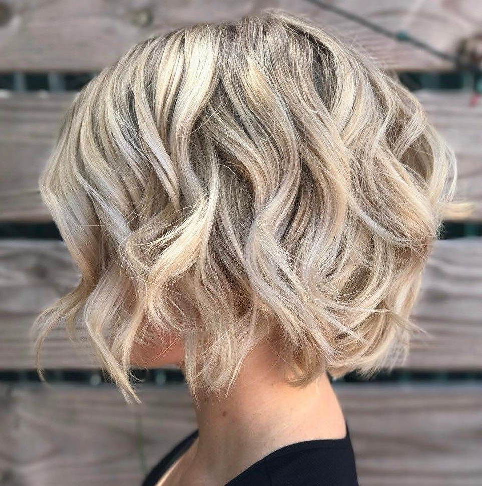 70 Winning Looks With Bob Haircuts For Fine Hair In 2019 Pertaining To Choppy Blonde Bob Hairstyles With Messy Waves (Gallery 1 of 20)