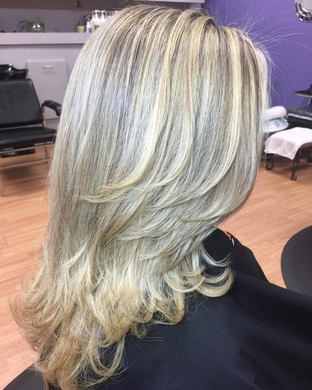 80 Glamorized Layered Hairstyles And Haircuts For Women Throughout Preferred Shoulder Grazing Flared Blonde Shag Haircuts (View 13 of 20)