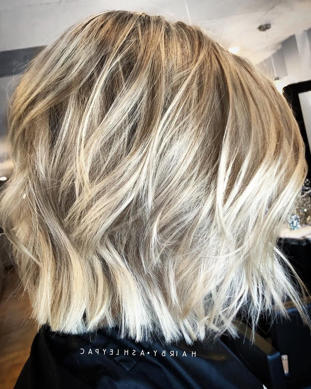 80 Sensational Medium Length Haircuts For Thick Hair (View 7 of 20)
