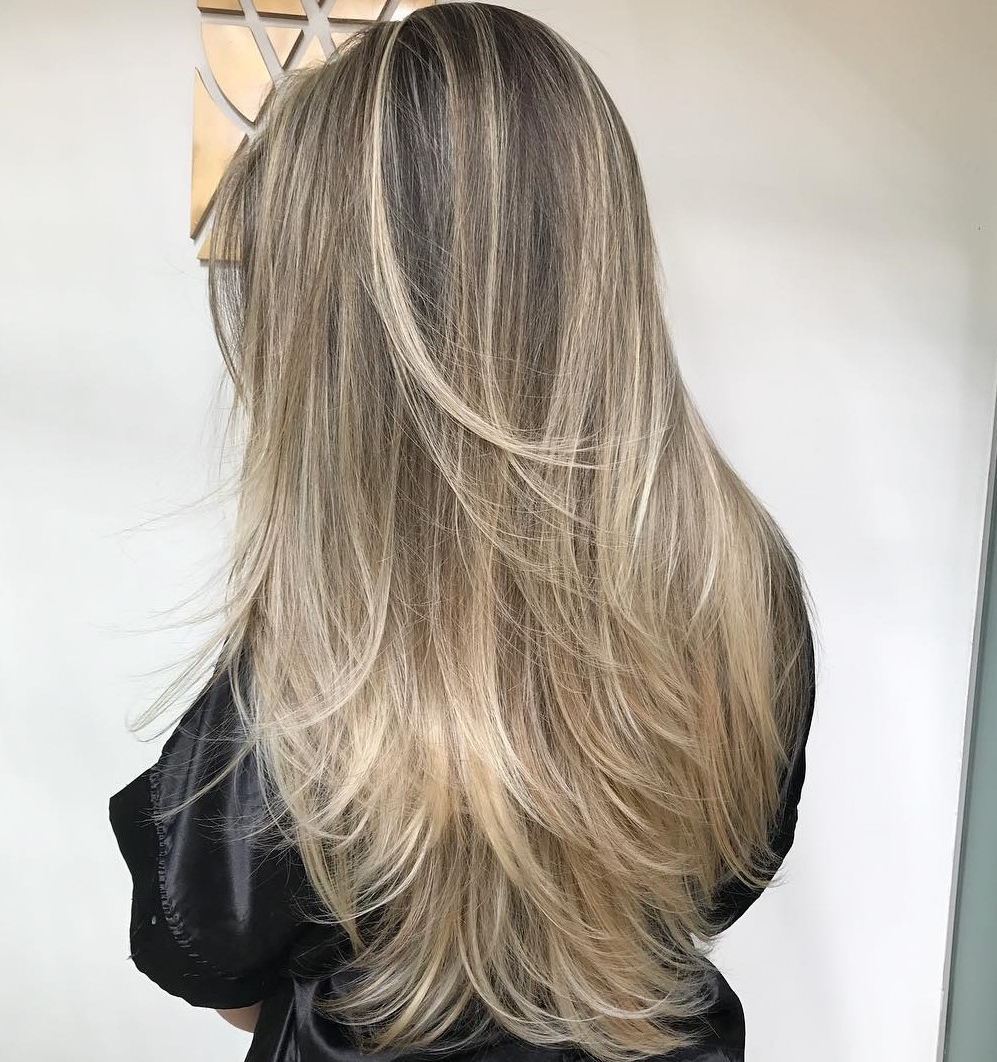 All You Need To Know About Feathered Hair Within Preferred Thick Feathered Blonde Lob Hairstyles (View 9 of 20)