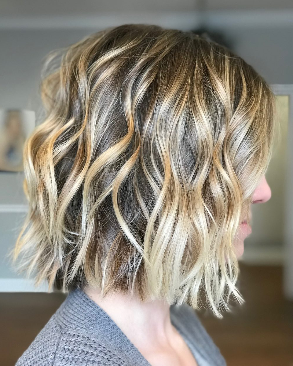 Best And Newest Chopped Medium Haircuts For Straight Hair In Top 22 Choppy Hairstyles You'll See In (View 16 of 20)