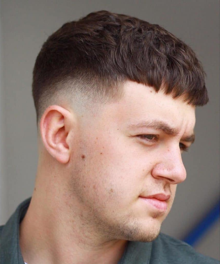 Best Hairstyles For Round Faces For Men Throughout Classic Asymmetrical Hairstyles For Round Face Types (View 12 of 20)