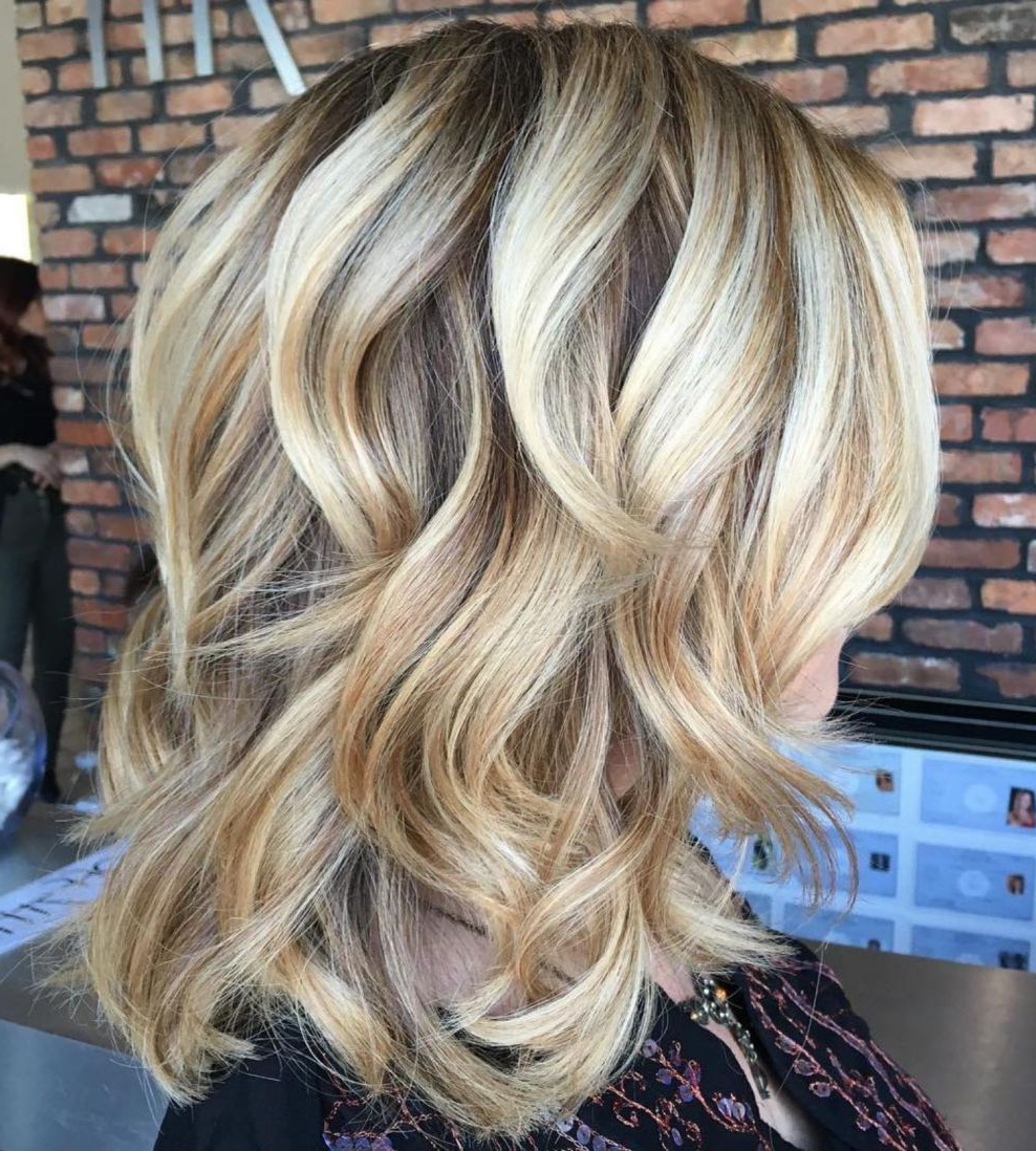 Current Sleek Mid Length Haircuts With Shaggy Ends Pertaining To Pin On Hair (View 9 of 20)
