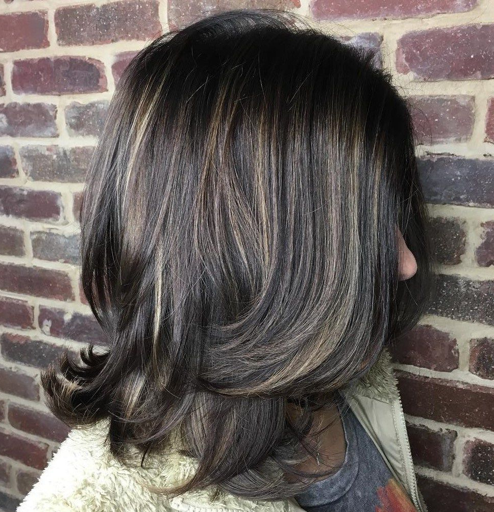 Fashionable Medium Haircuts With Flipped Ends For Thick Hair Regarding 80 Sensational Medium Length Haircuts For Thick Hair (View 3 of 20)