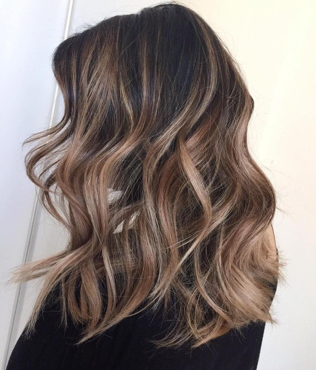 Fashionable Voluminous Long Caramel Hairstyles Within The Greatest Balayage Hair Inspiration For Your Next Salon (View 13 of 20)
