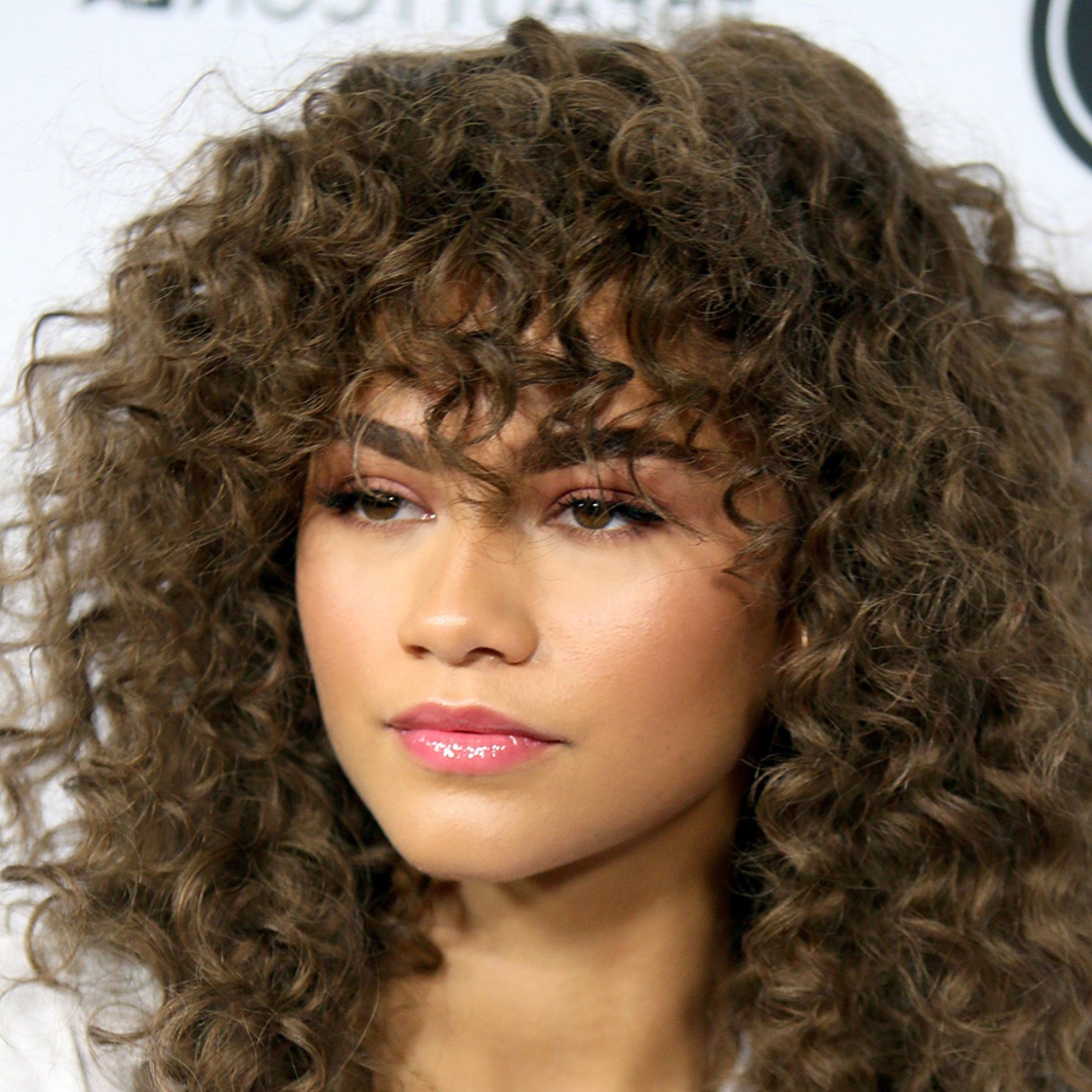 Fresh Short Curly Hairstyles For Round Faces – Wheretobuystamps Regarding Curly Hairstyles For Round Faces (Gallery 19 of 20)